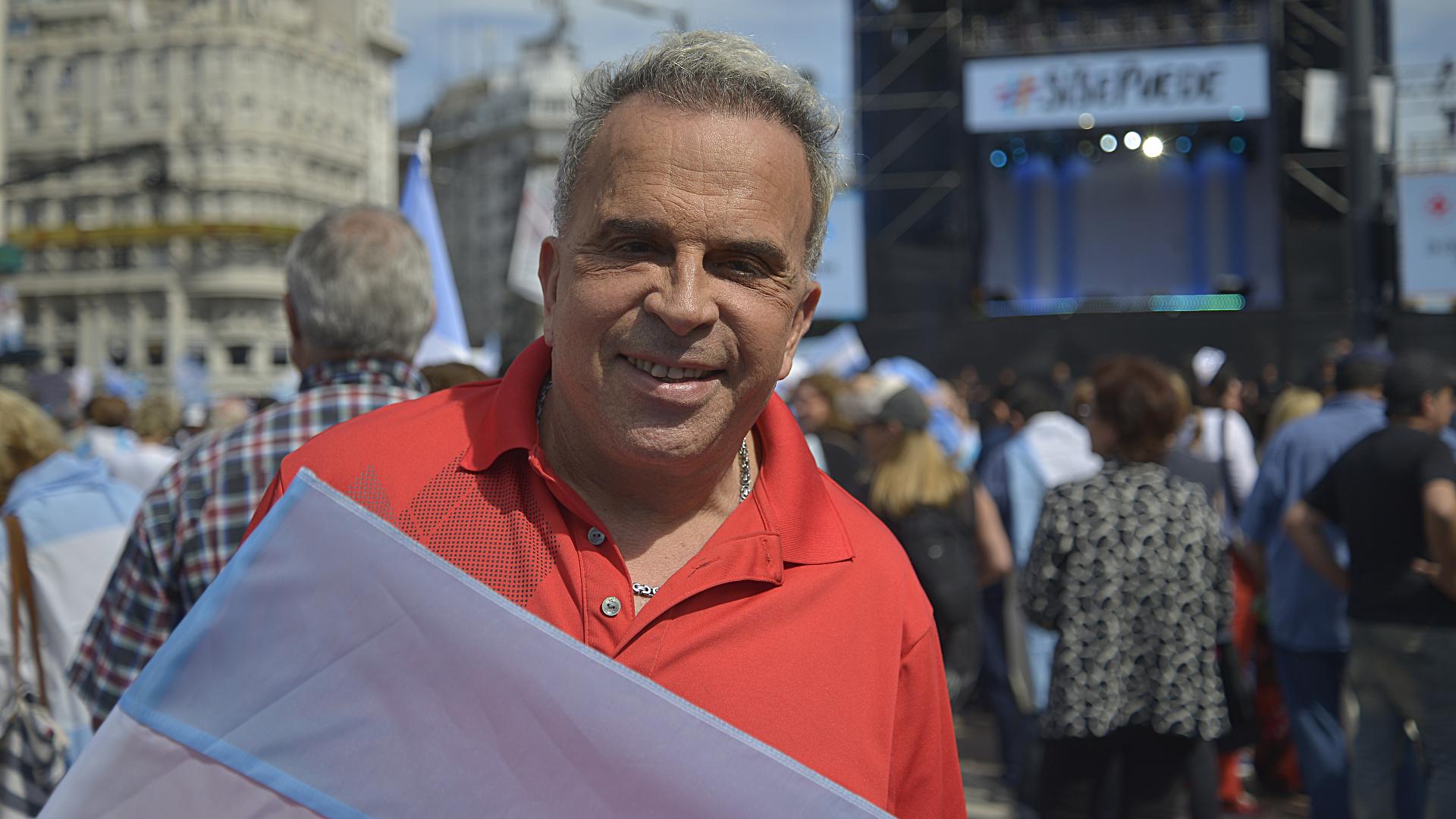 Rubén Orlando, el peluquero que pasó de Recoleta a la Villa 31