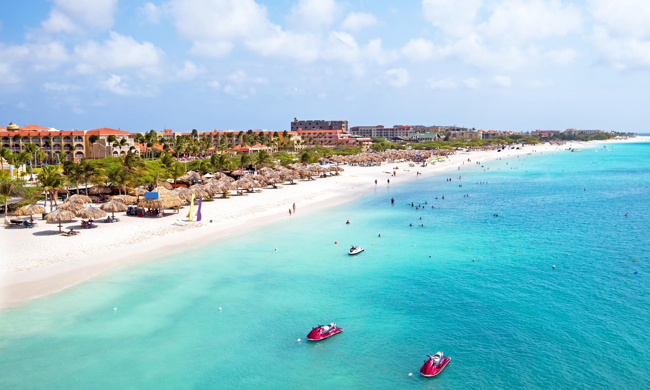 La Playa de Eagle  es una playa y un barrio de la ciudad de Oranjestad, en la isla caribeña de Aruba. El barrio es famoso por sus numerosos complejos de baja altura y su amplia playa pública