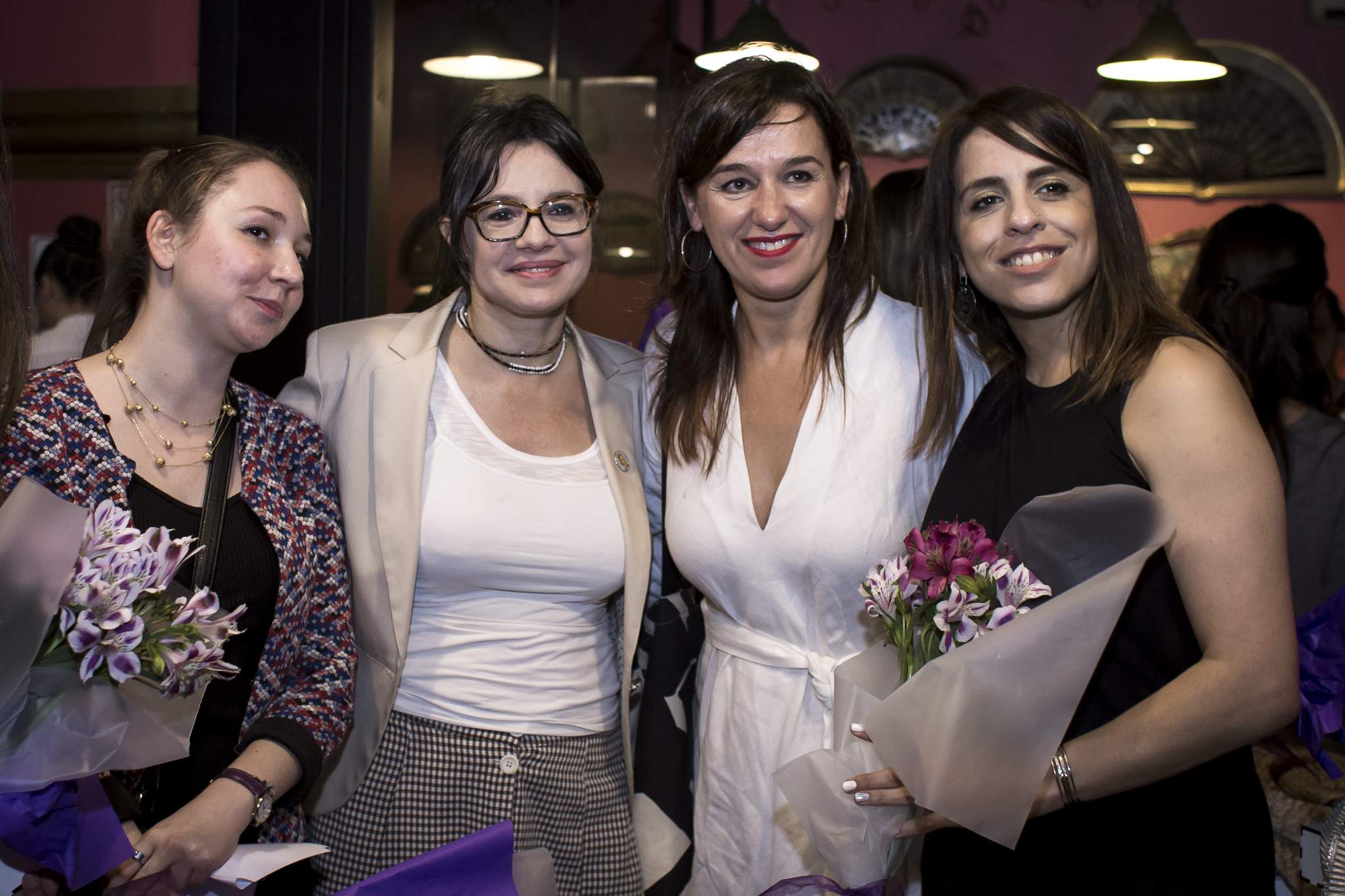 Gisela Marziotta compartió la velada con representantes de las embajadas que fueron de la partida