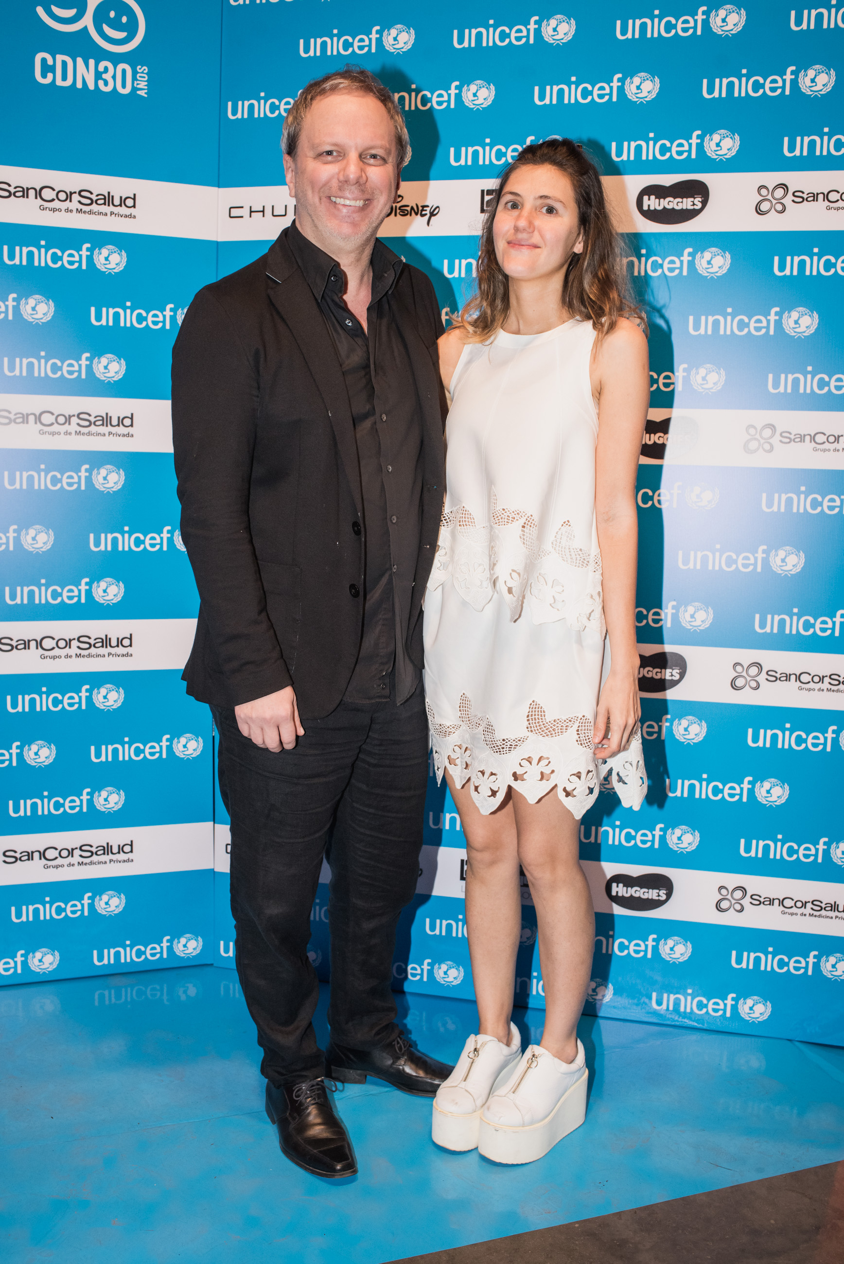 El caricaturista Nik /// Fotos: Gentileza UNICEF