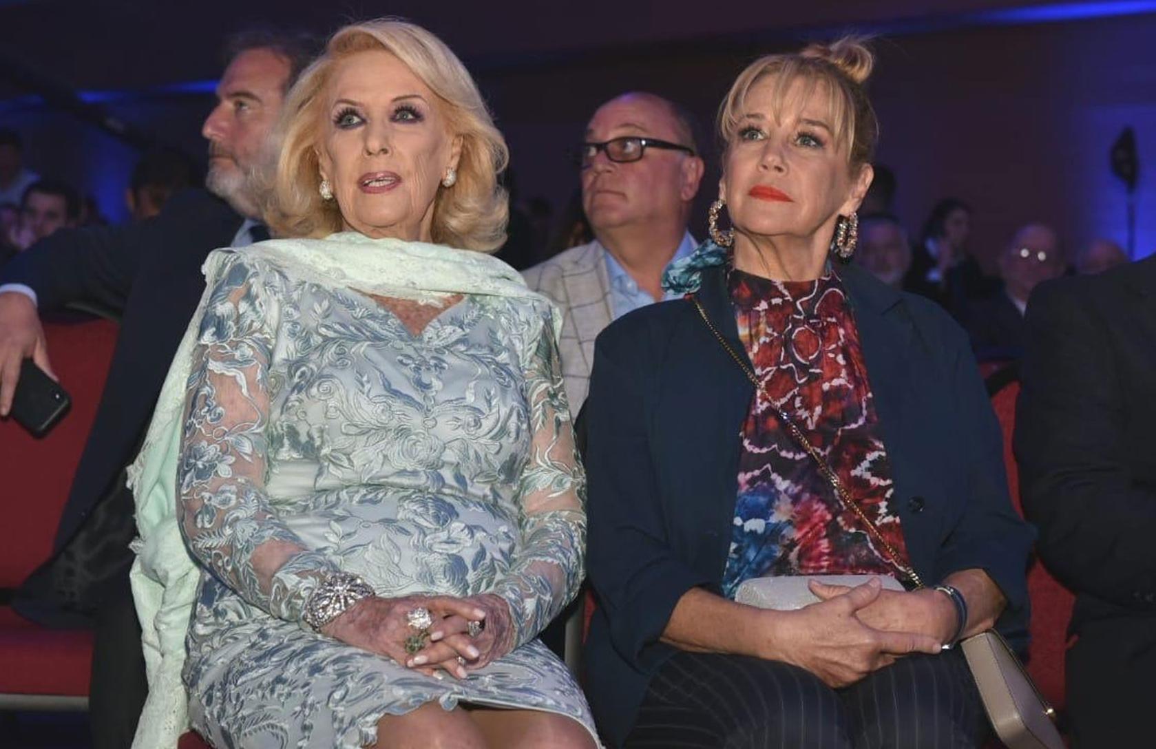 Mirtha Legrand y Marcela Tinayre en primera fila. Detrás, Tato Lanusse y Martín Cabrales