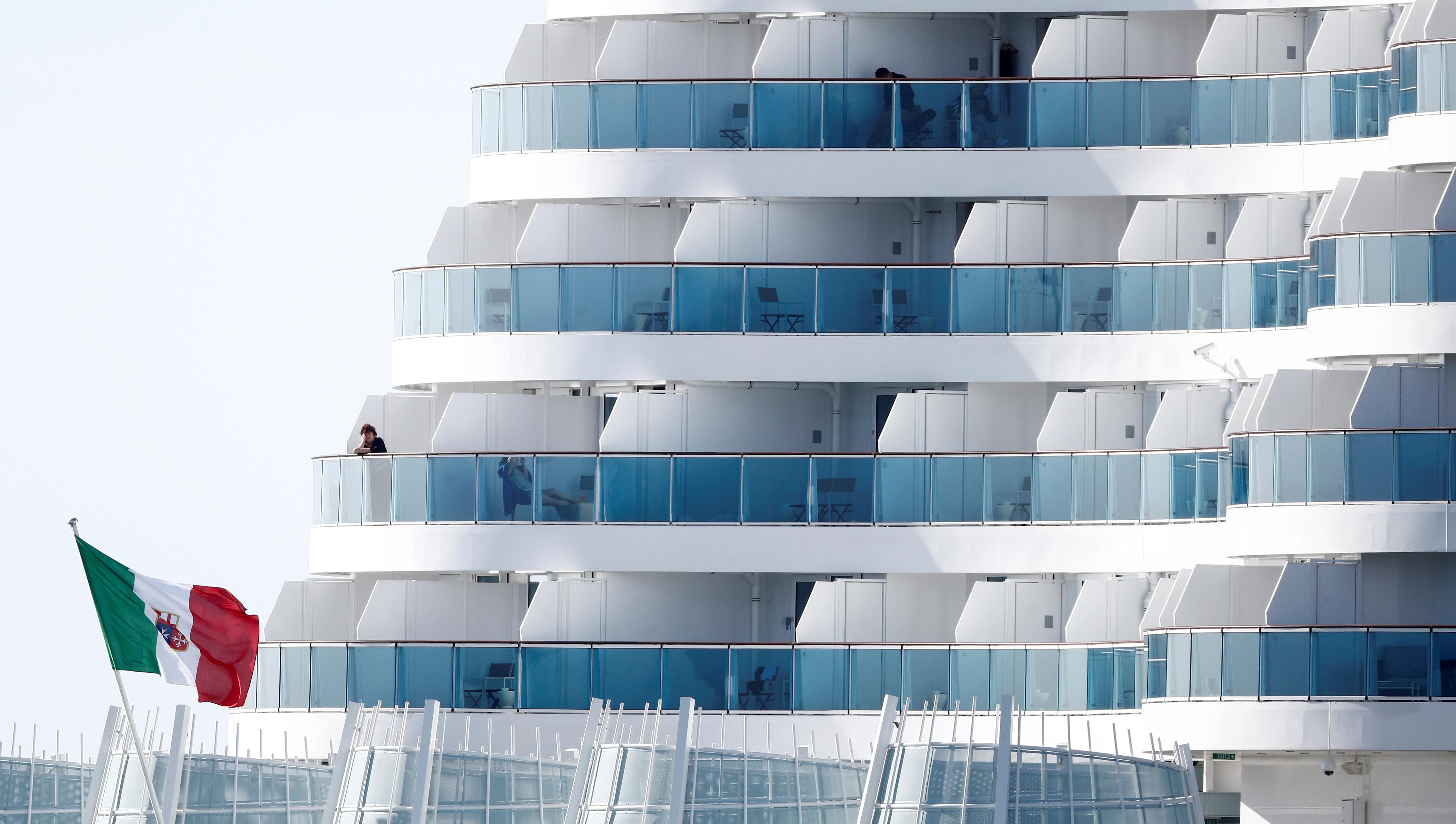 El barco, de propiedad una de las mayores compañías de cruceros del mundo, provenía de Palma de Mallorca y tenía programado una semana de viaje en el Mediterráneo occidental