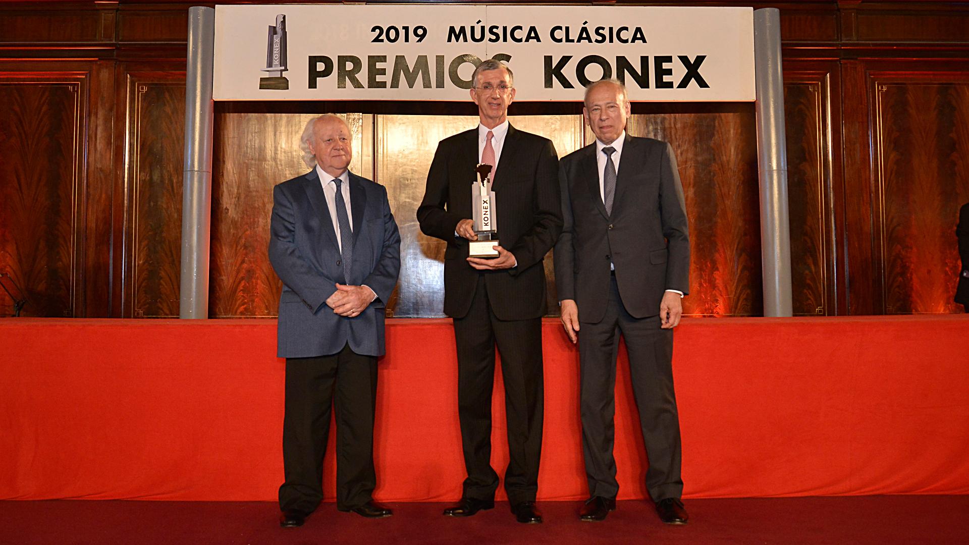 En la categoría Konex Mercosur fue reconocido el brasilero Nelson Freire que no pudo estar presente y en su lugar recibió la estatuilla el embajador de Brasil, Sergio Danese