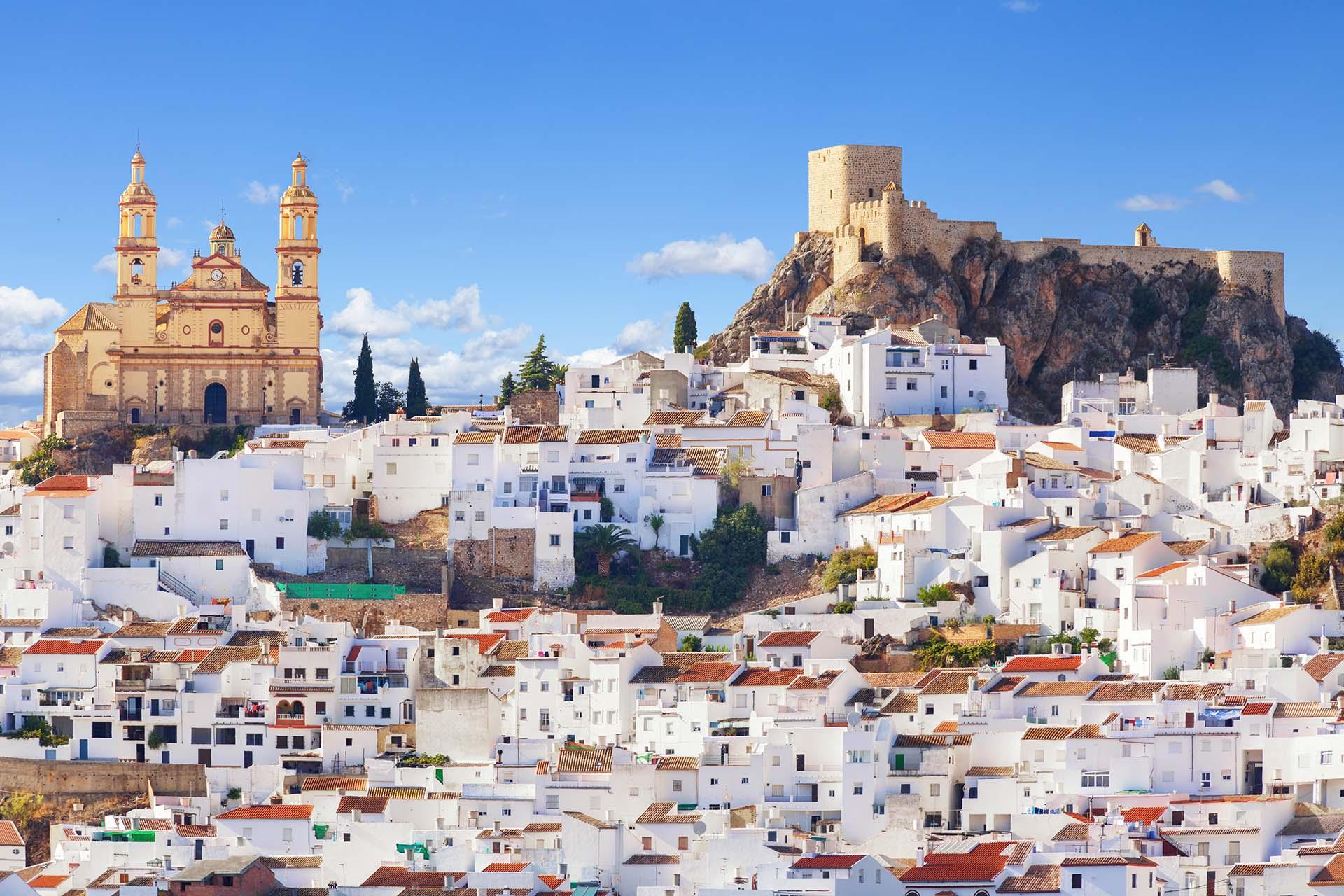 Si bien Andalucía es un destino turístico común, Cádiz sigue bastante subestimado. Esta ciudad es una de las ciudades habitadas más antiguas de Europa
