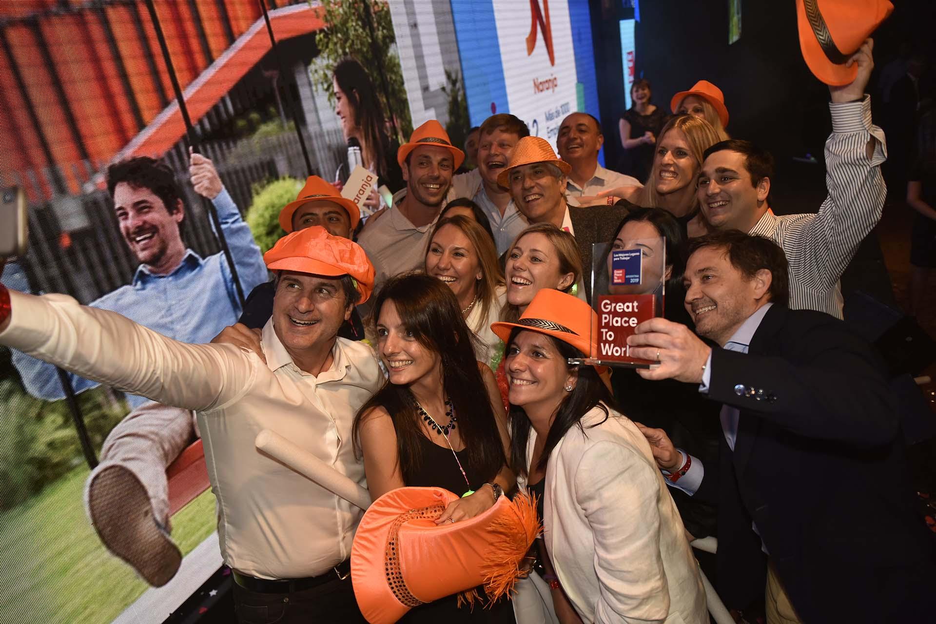 La selfie del festejo de Naranja