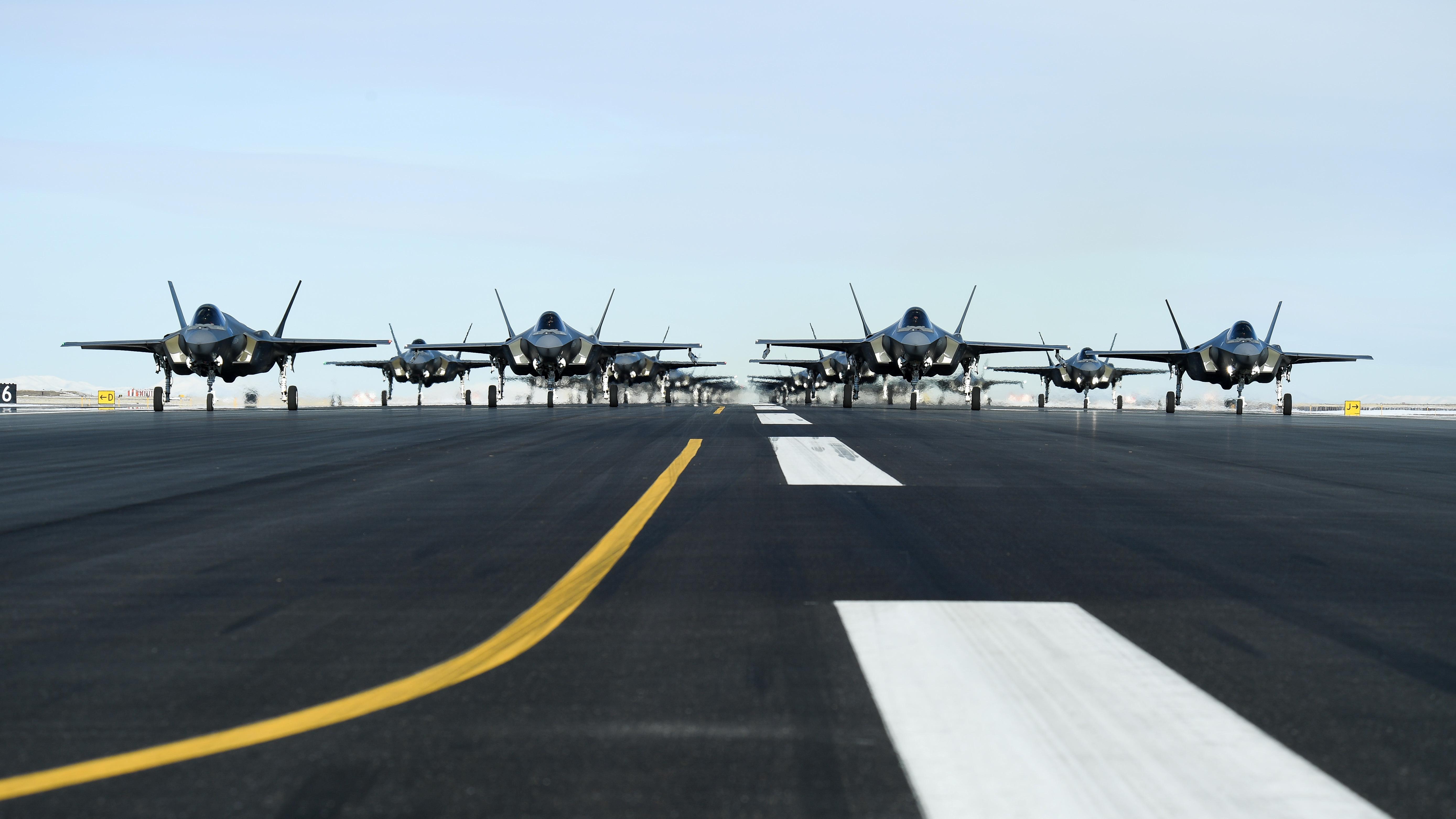La Base Aérea Hill muestra los 52 F-35A que formaron parte de un ejercicio impresionante (Reuters)