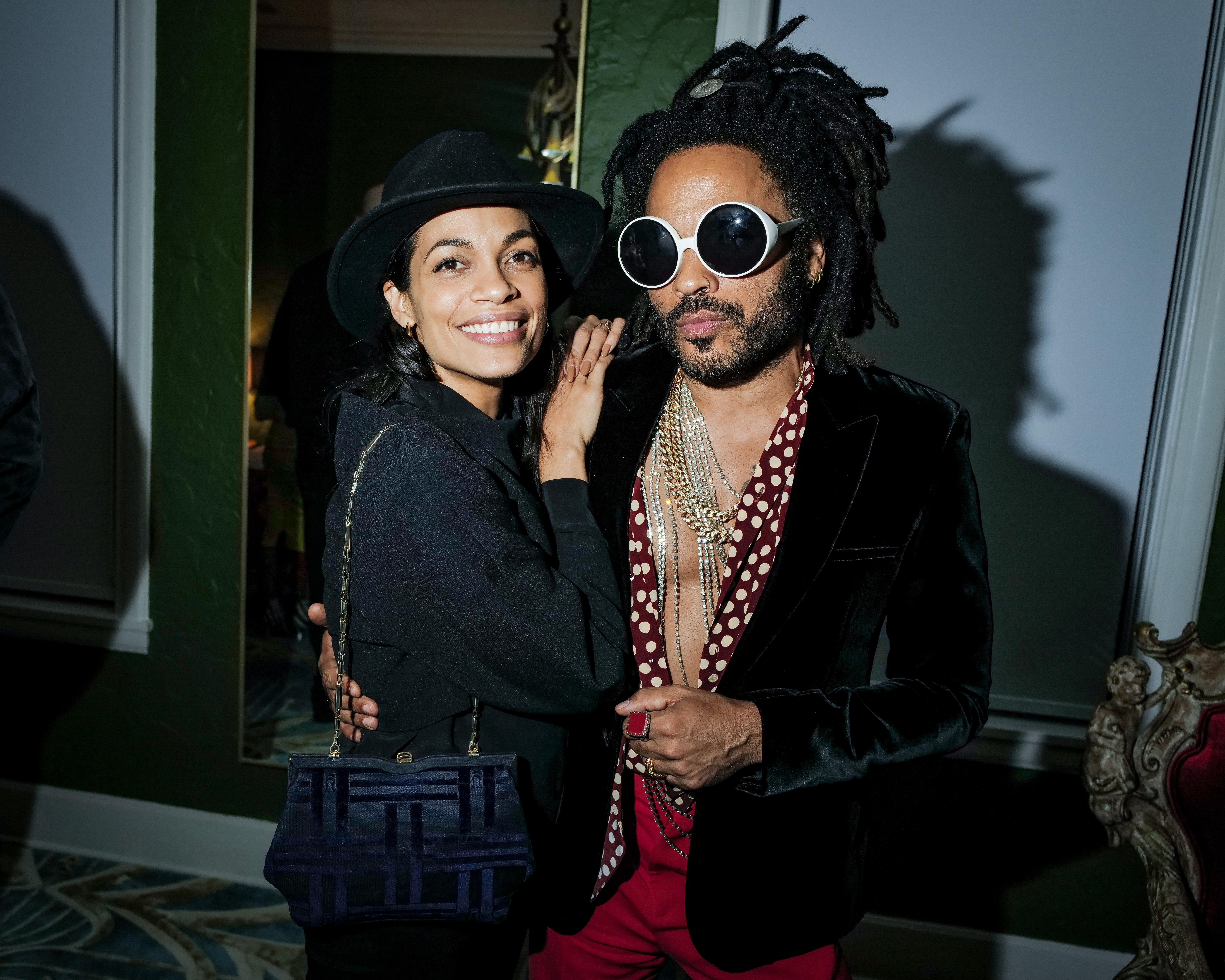 Rosario Dawson y Lenny Kravitz