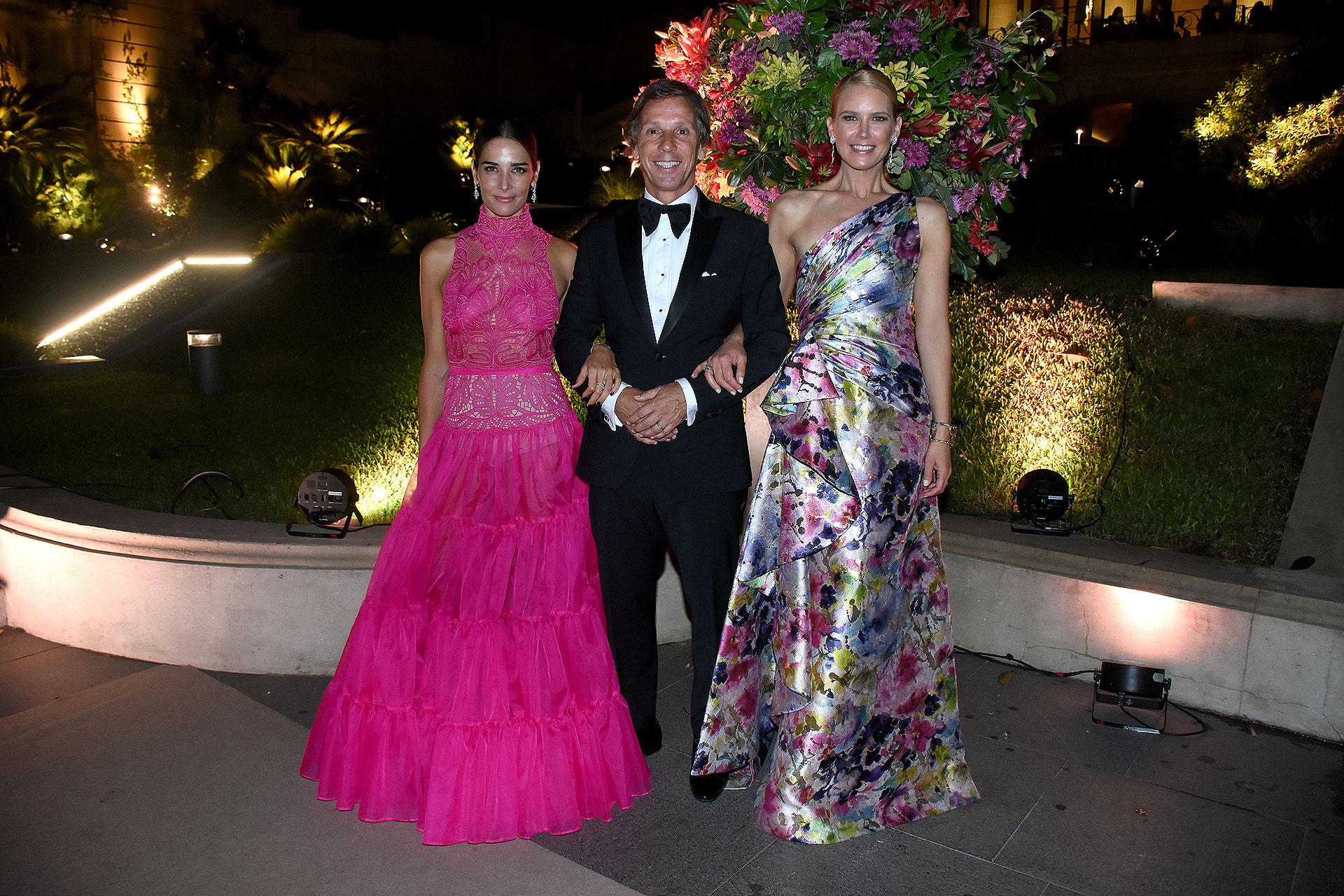 Juana Viale, Alejandro Gravier y Valeria Mazza