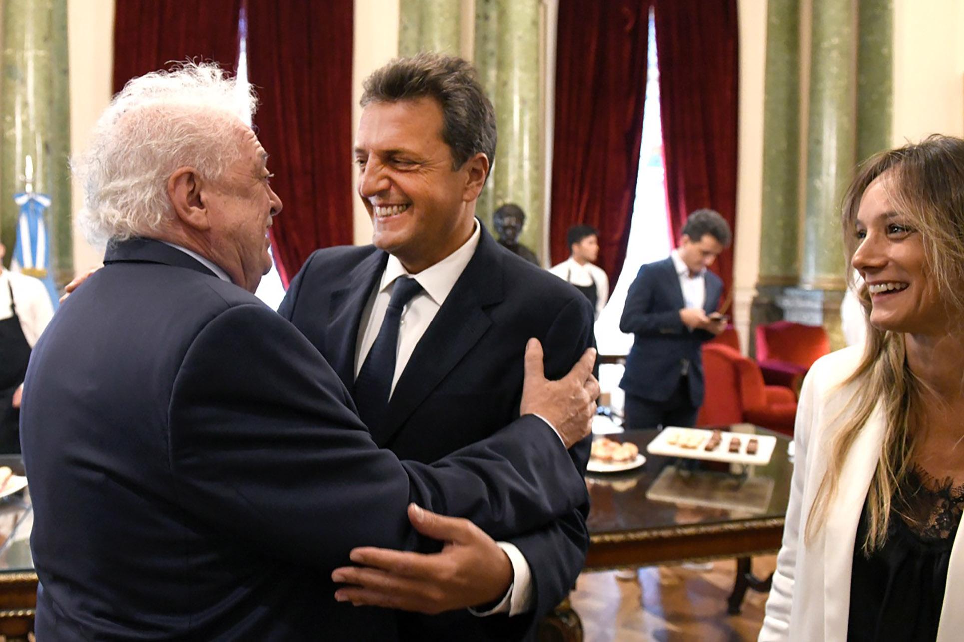 Sergio Massa y su esposa, Malena Galmarini, junto al ministro de Salud, Ginés González García