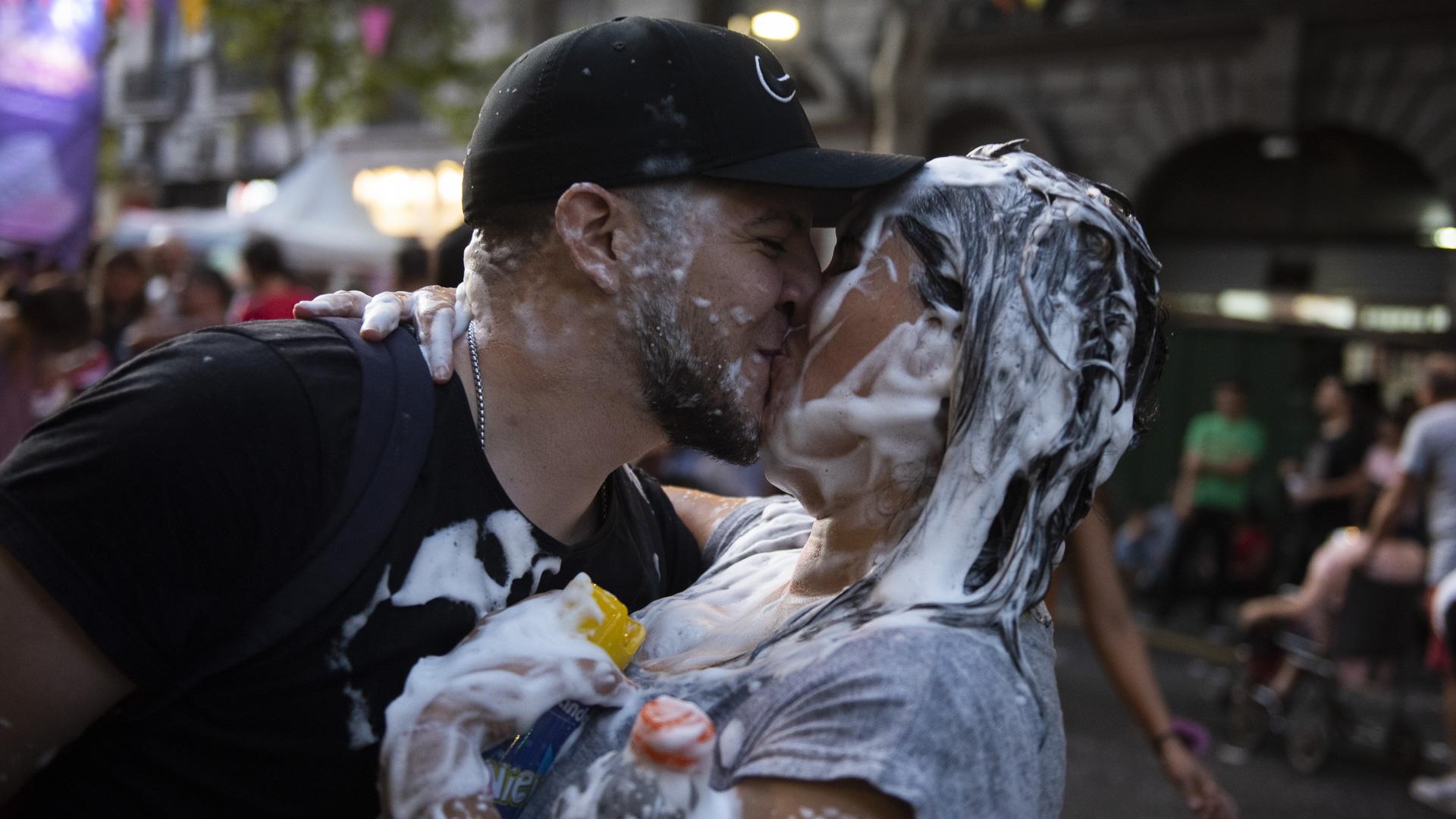 Esta celebración fue la culminación de una gran fiesta cultural que los vecinos disfrutaron durante todo el mes de febrero en los barrios de la ciudad de Buenos Aires.