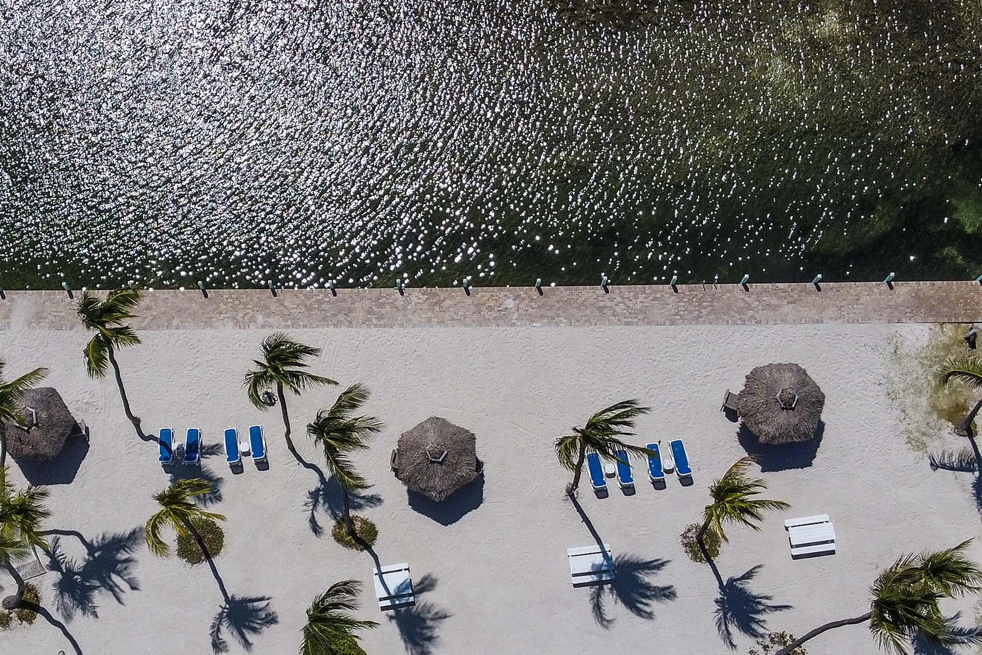 Una playa desierta en Cabo Windley, unos 70 kilòmetros al sur de Miami