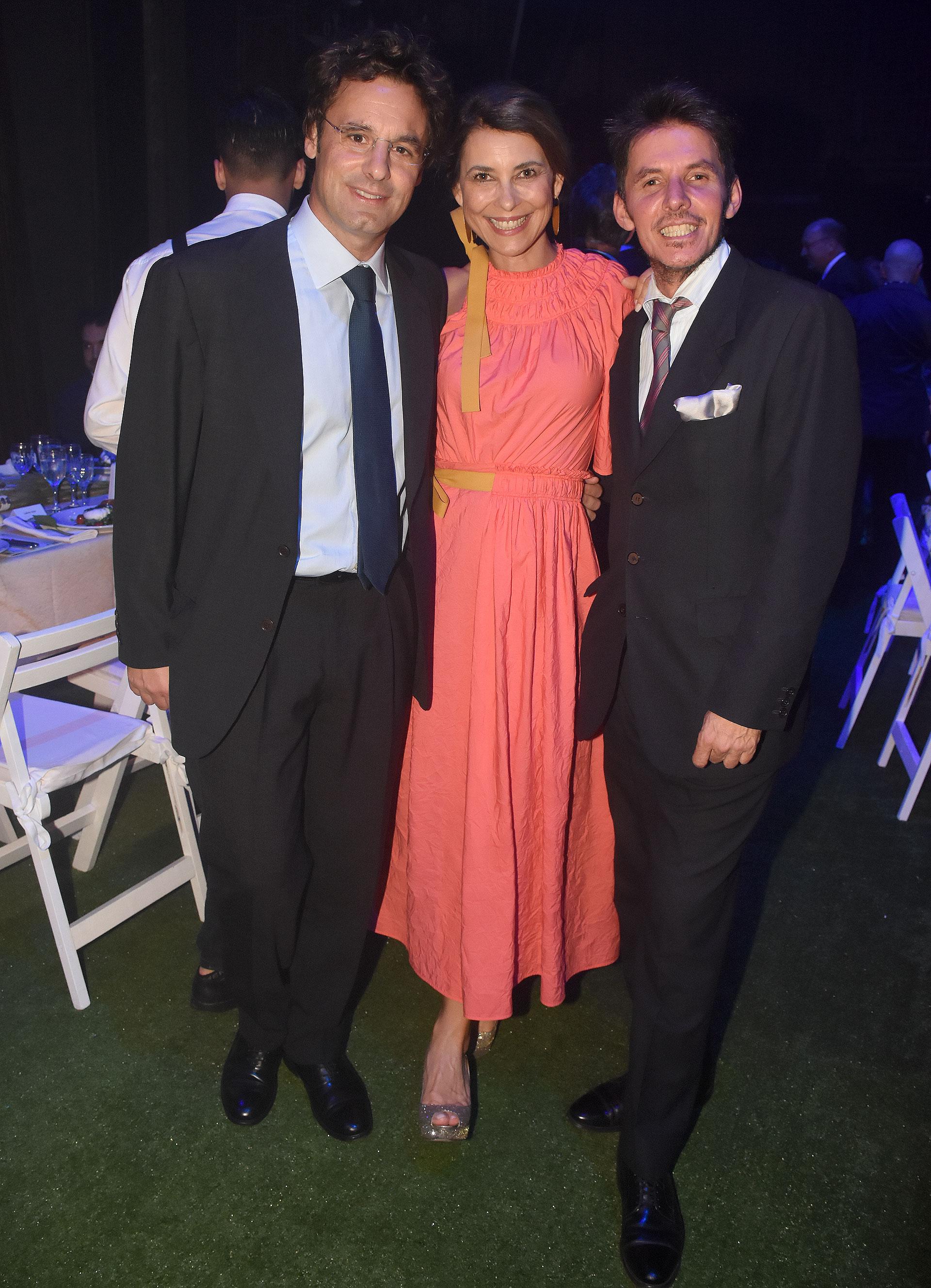 Ludovico Rocca y su mujer Adriana Batan de Rocca junto a Gerard Confalonieri