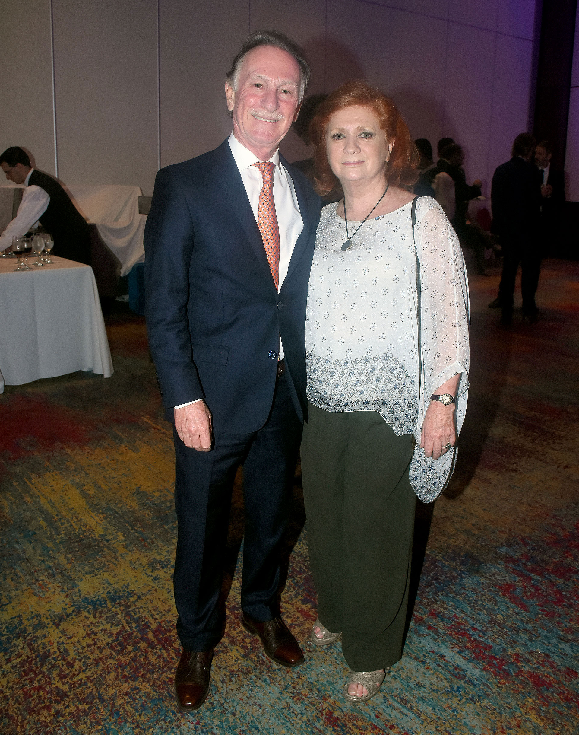 El ex presidente de la Cámara Argentina de la Construcción, Gustavo Weiss, junto a la presidente de ALPI, Teresa González Fernández