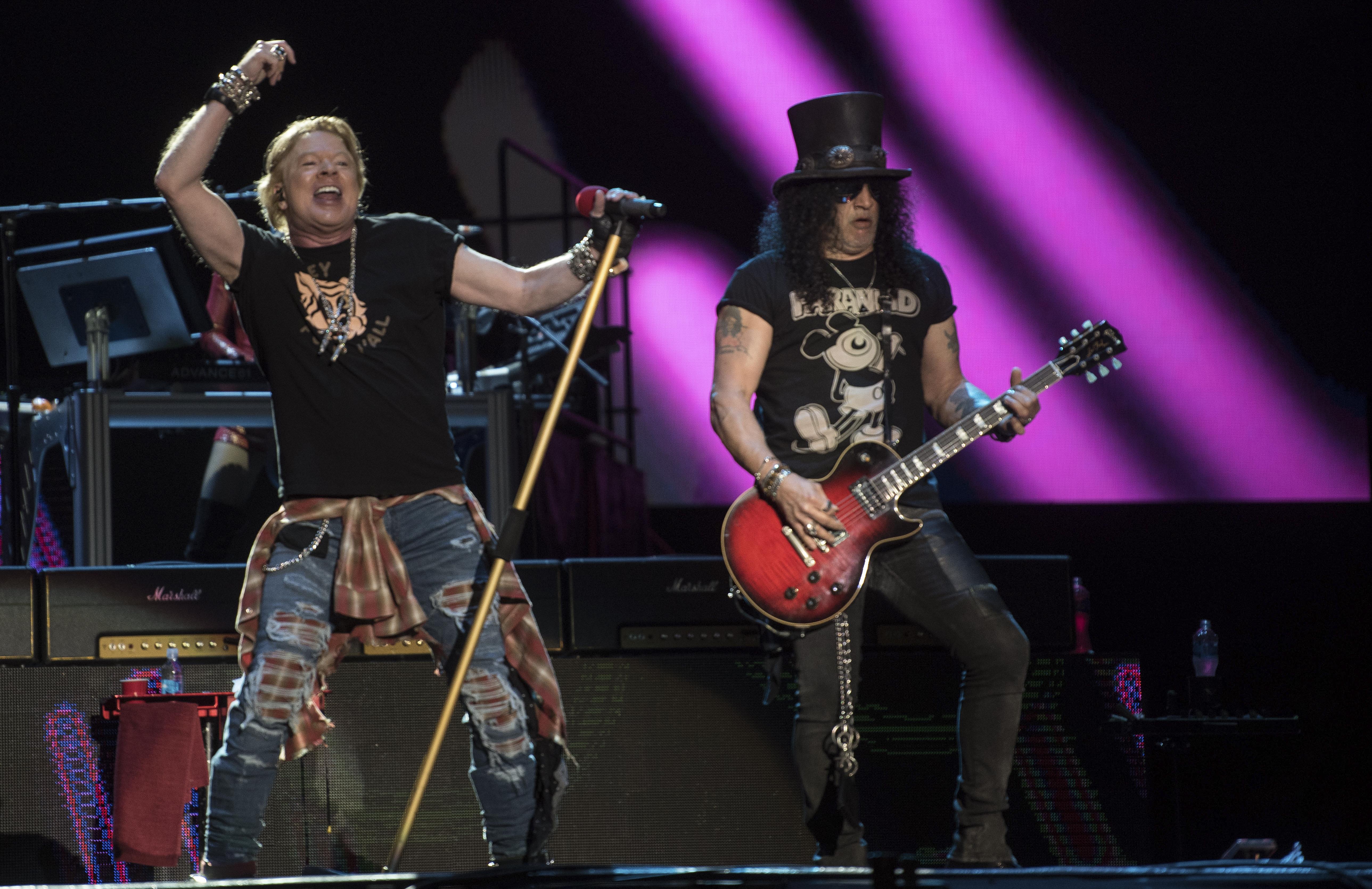 Axl Rose y Slash de la banda