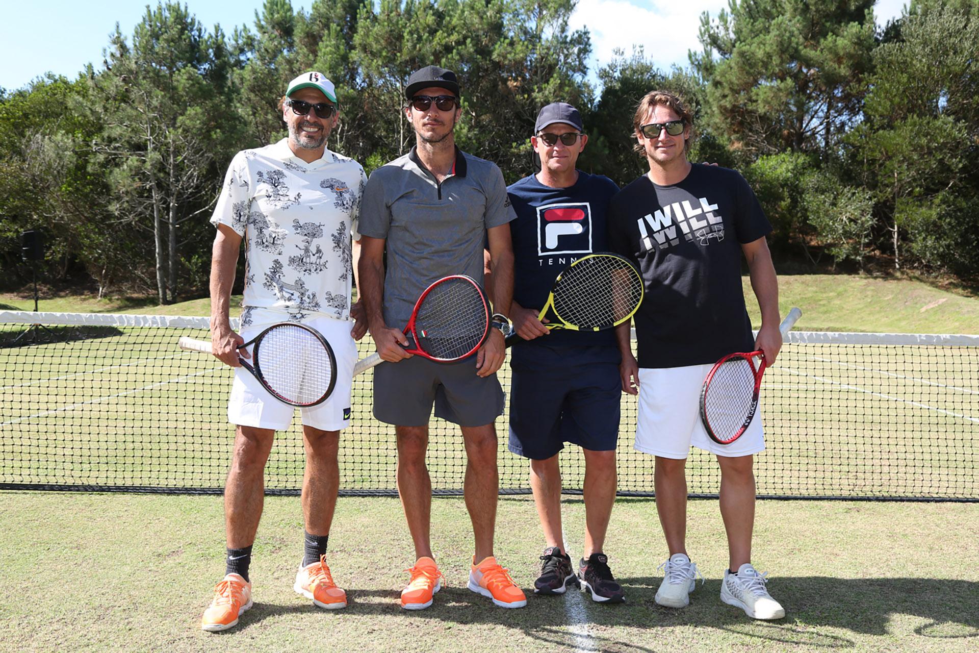 Los cuatro ex tenistas se divirtieron jugando en Laguna Garzón