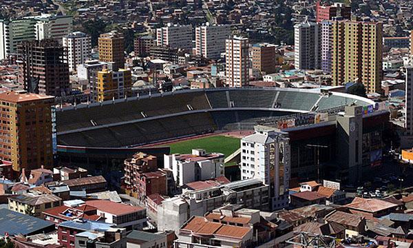 PUESTO 4 - 220 PARTIDOS / Estadio Hernando Siles, Bolivia