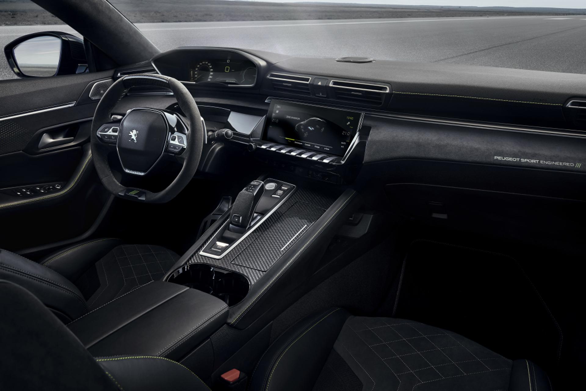 El auto tiene una tracción total para acelerar de 0 a 100 kilómetros por hora en 4,3 segundos