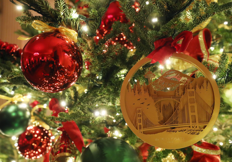 Las decoraciones navideñas se exhiben en la Sala Este de la Casa Blanca. Mark Wilson / Getty Images / AFP