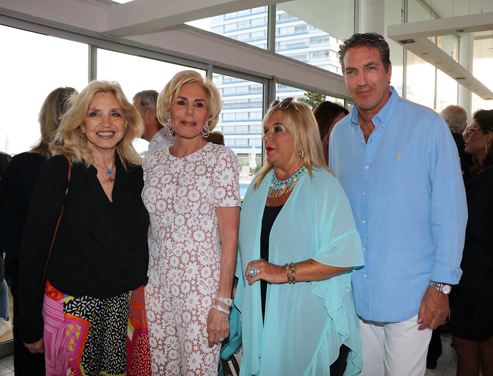 Graciela Rompani Pacheco, ex Primera Dama del Uruguay y viuda del ex presidente uruguayo Jorge Pacheco Areco; Ada de Maurier, Silvia Klemensiewicz y Andrés Szabo