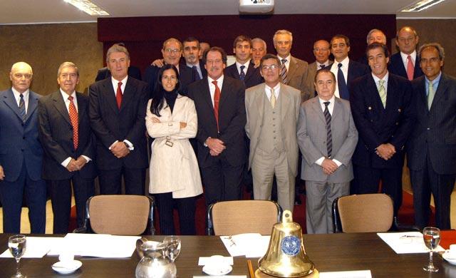 El empresario en una reunión de ADEBA. Como presidente de esa entidad, formó parte del Grupo de los Seis (G-6), que reúne a las principales entidades empresariales del país