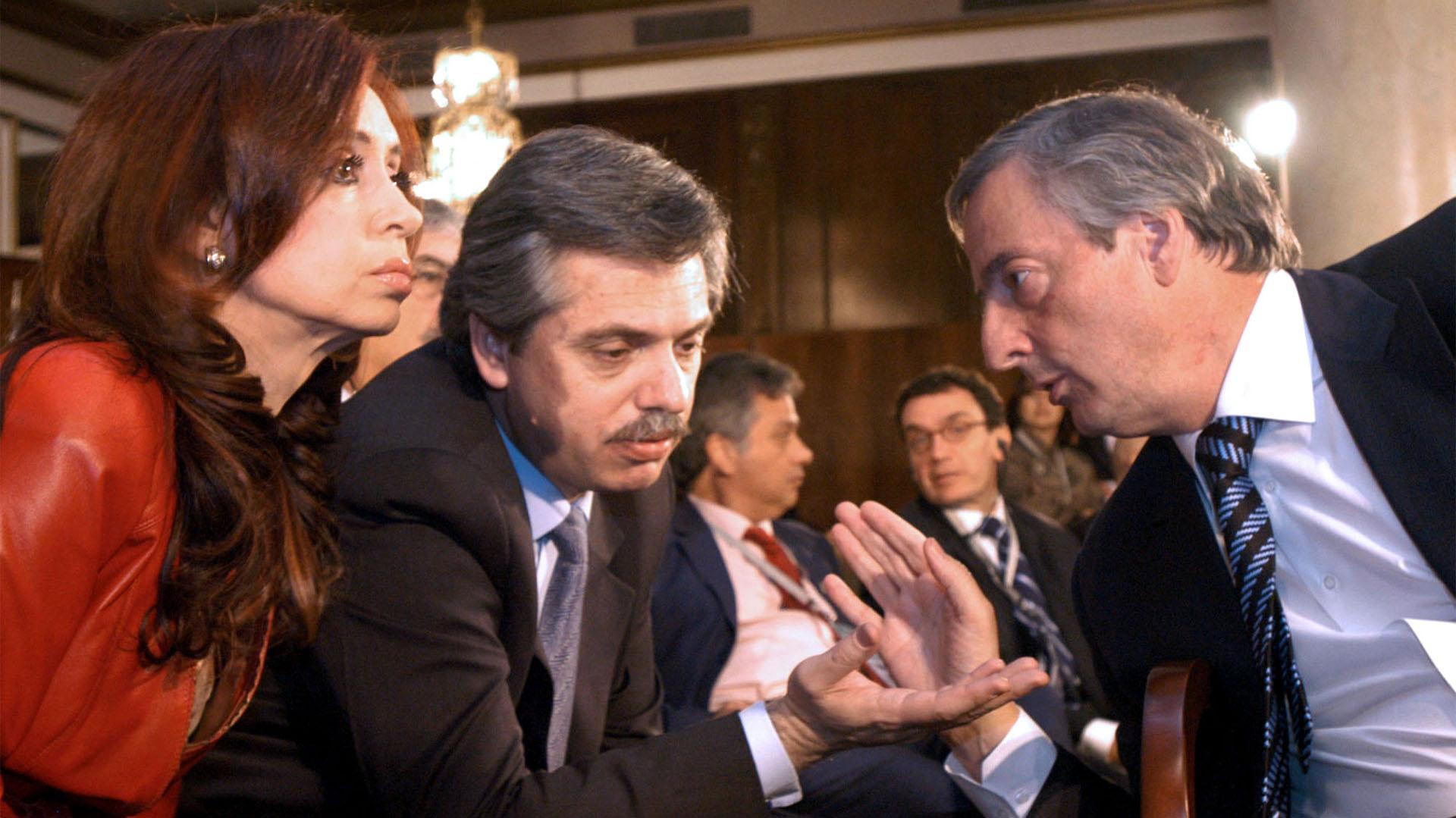 Las 5 medidas económicas de Alberto Fernández que lo hacen más parecido a  Cristina que a Néstor Kirchner - Infobae