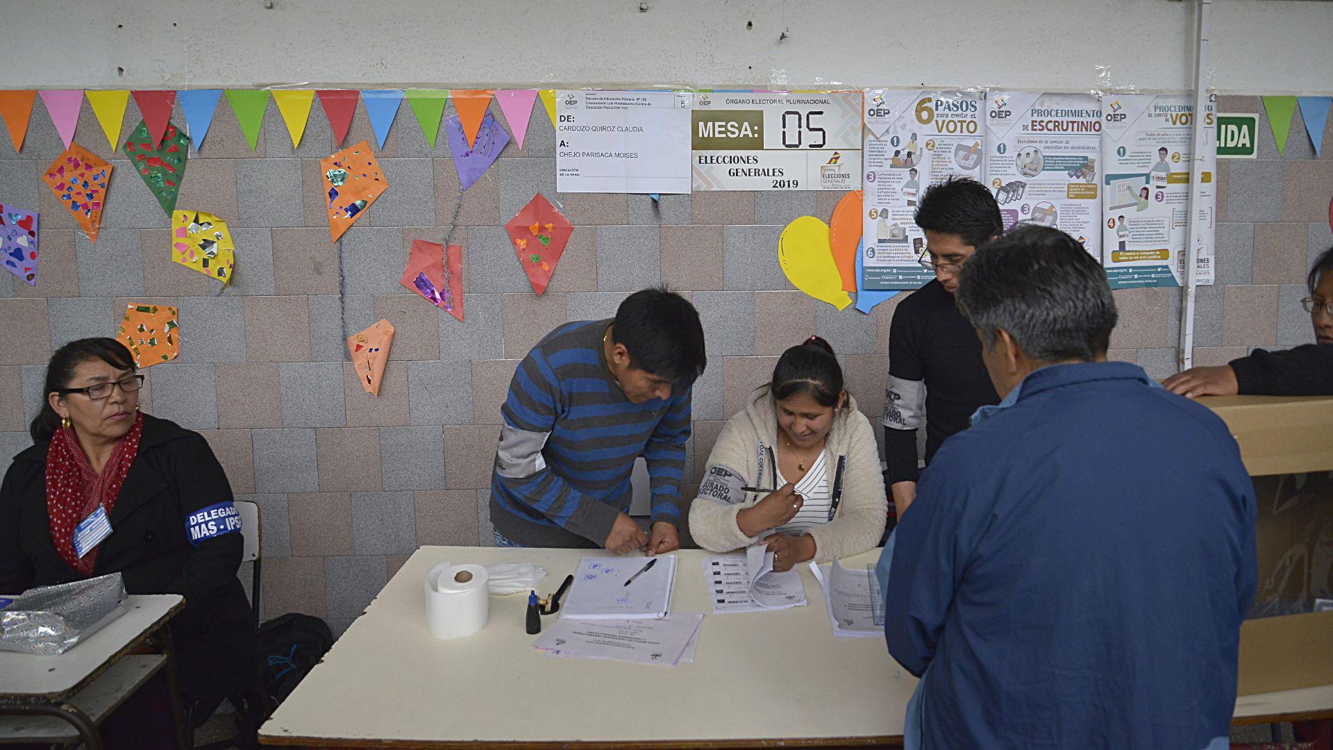 Solamente en la localida de Villa Celina hay más de 16.530 ciudadanos bolivianos habilitados para votar en estas elecciones