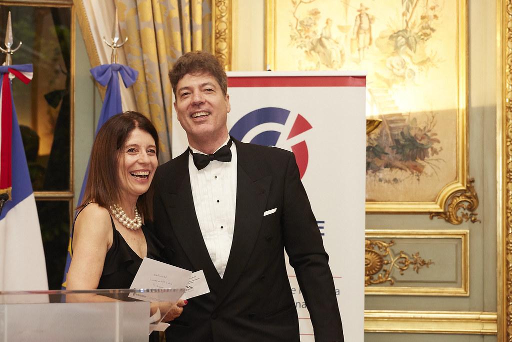 La directora general de CCI France Argentine, Liliana Hidalgo, junto a su esposo, Fernando Freire