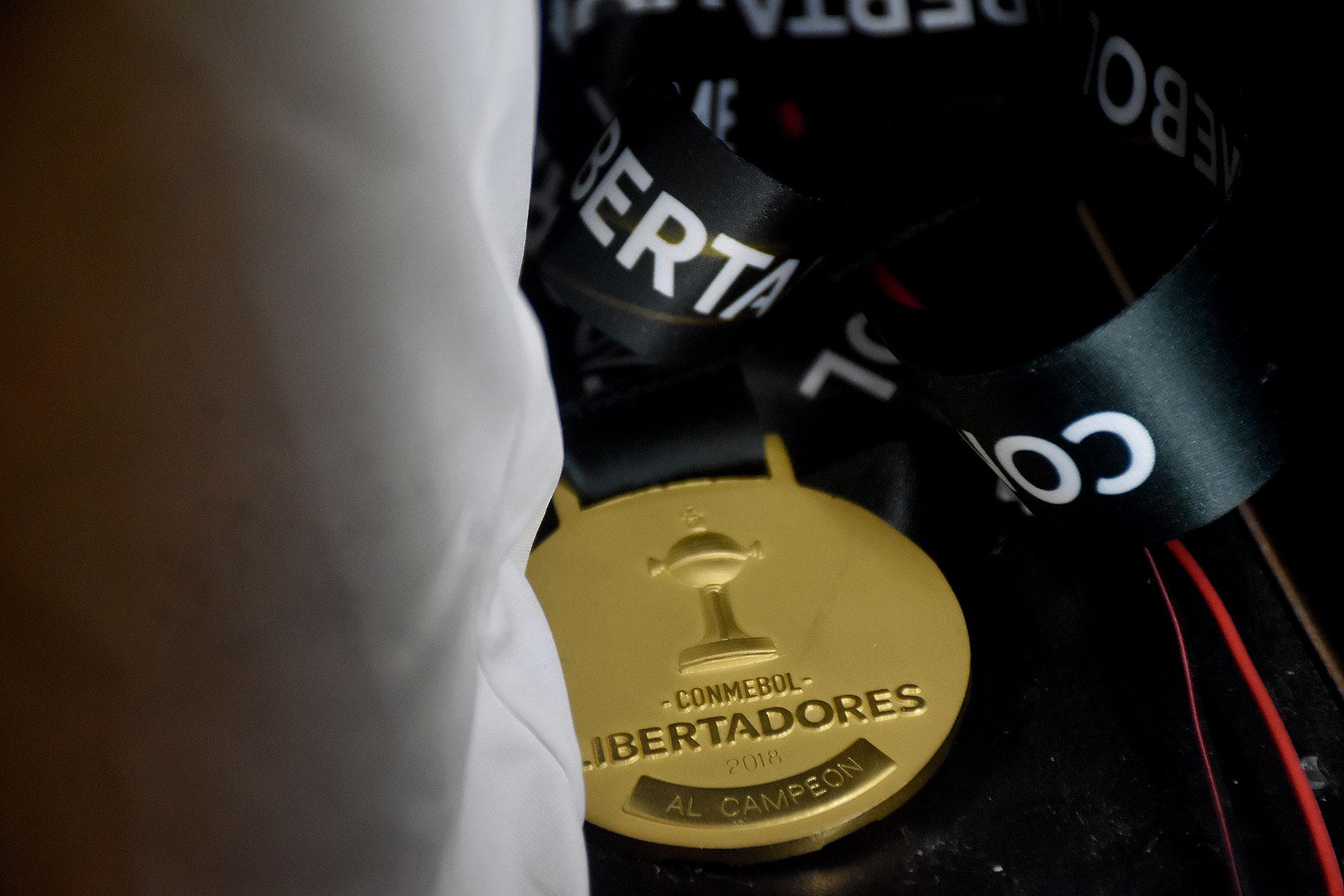 La medalla de River campeón de la Copa Libertadores 2018 (Nicolas Stulberg)