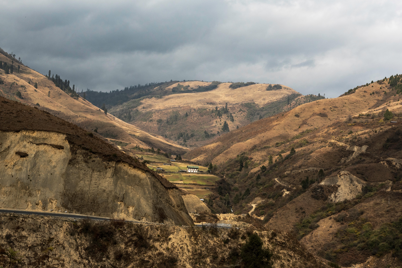 Los paisajes naturales libres de contaminación son uno de los principales atractivos de Bután