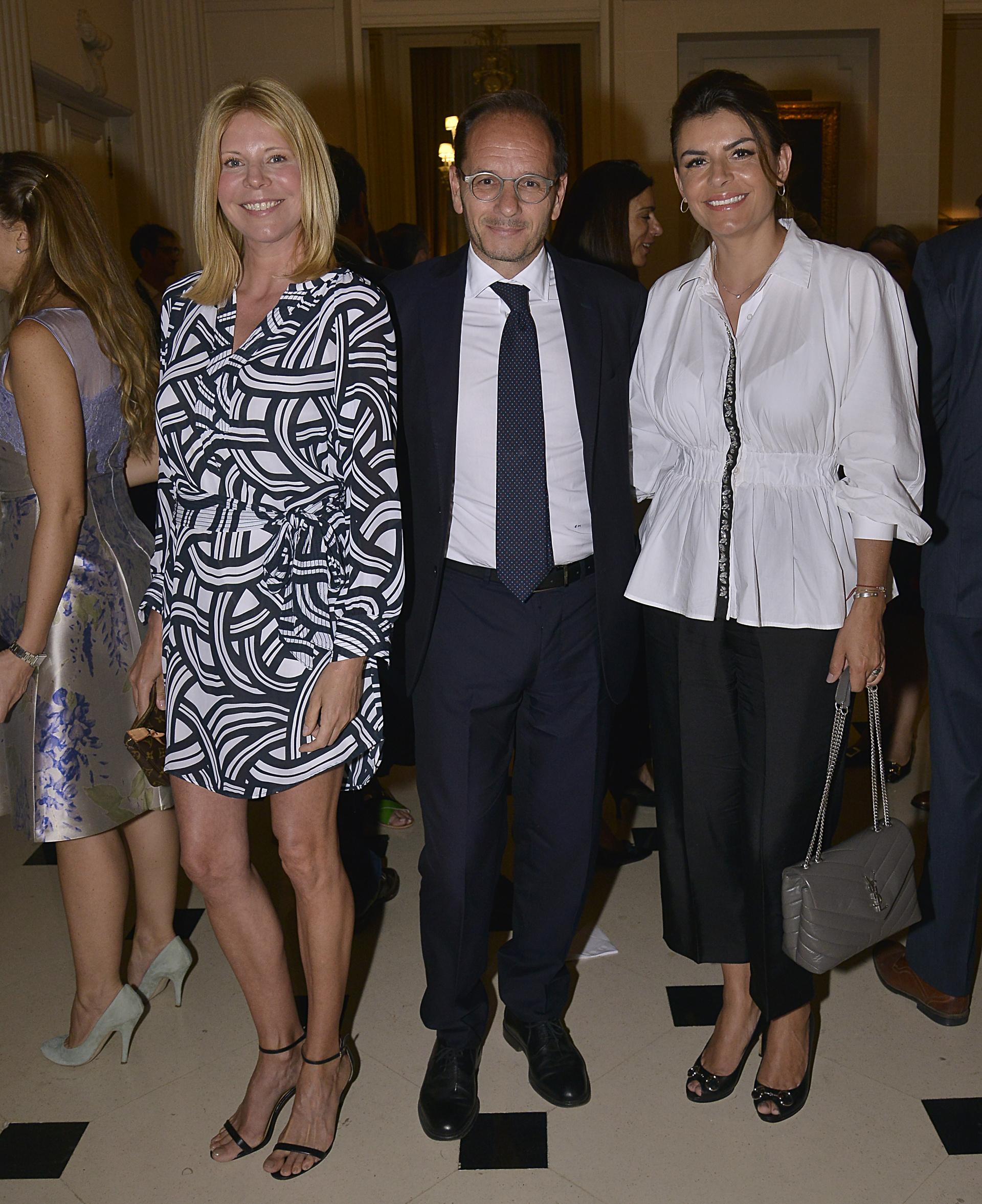 Magalí Auger, Giuseppe Manzo y Sandra Castellanos de Waisman