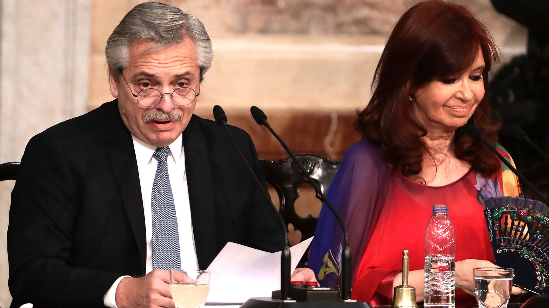 """""""No vamos a pagar la deuda a costa del hambre y la destrucción de los sueños de los argentinos y las argentinas. Nosotros vamos a cuidar a la Patria"""