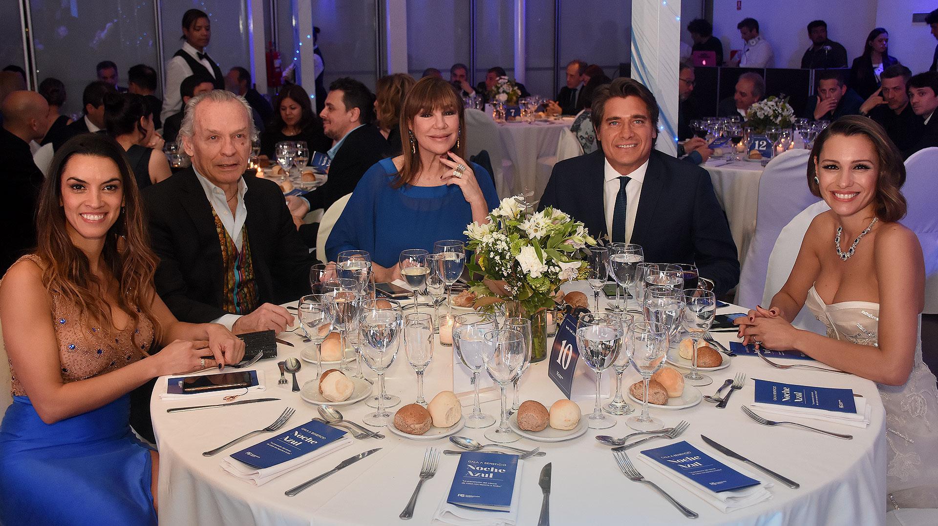 Los famosos en la Noche Azul, que se llevó a cabo en Puerto Madero