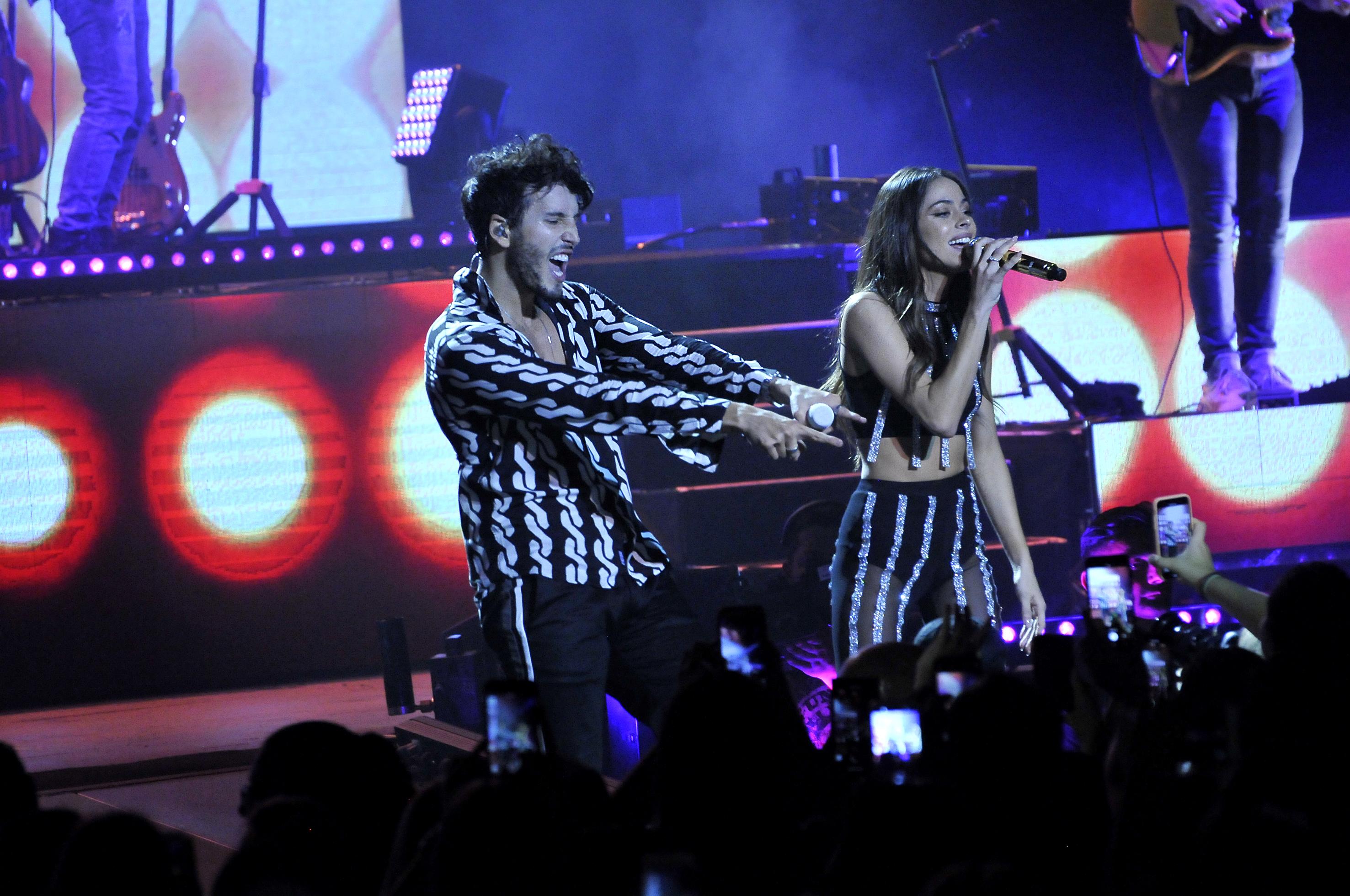 Sebastián viajó de visita a la Argentina para el show que tenía pautado y también para reencontrarse con Tini, con quien mantiene una relación a la distancia