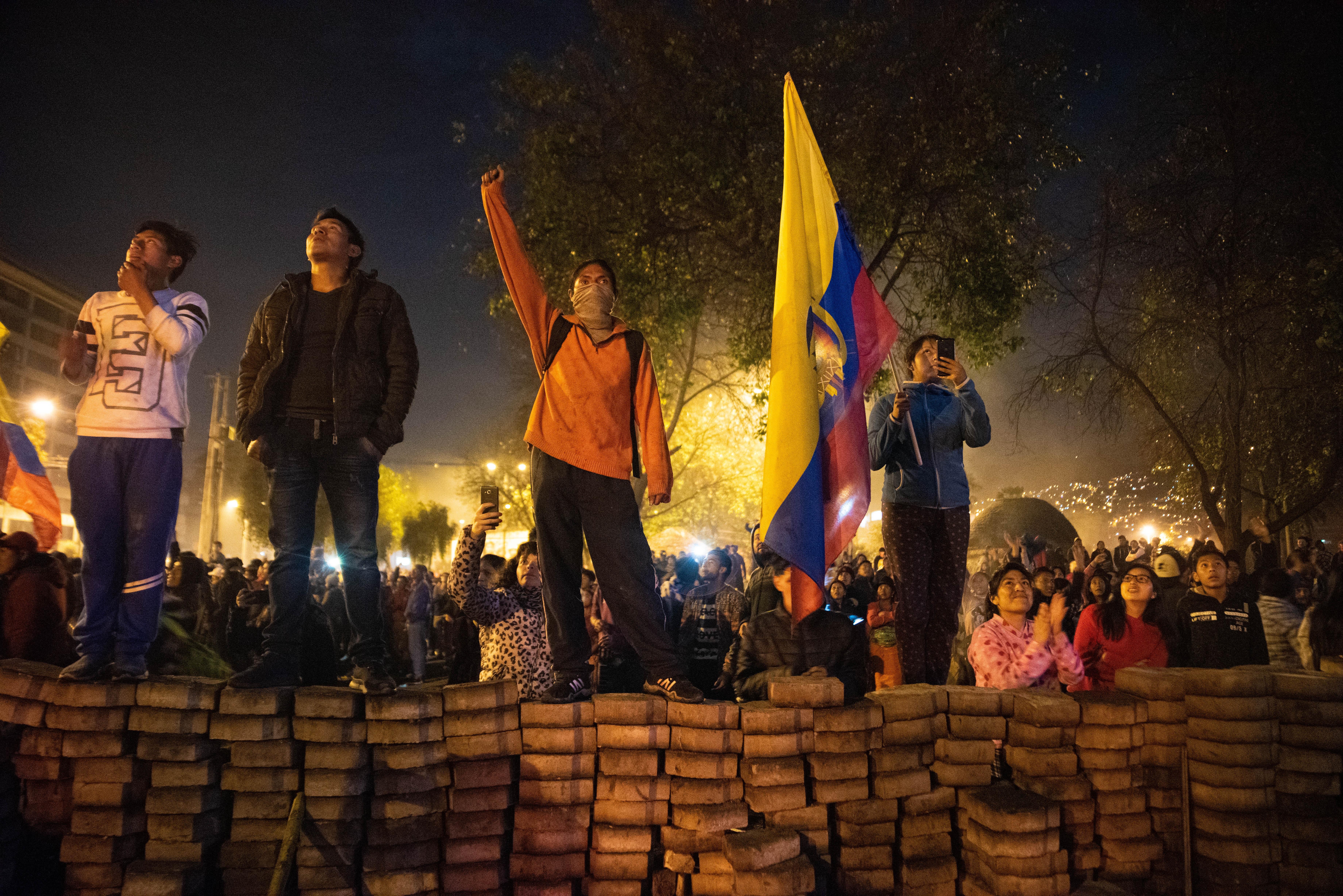 Miles de jóvenes y estudiantes participaron en las manifestaciones y estuvieron presentes en el festejo del domingo por la noche en Quito.