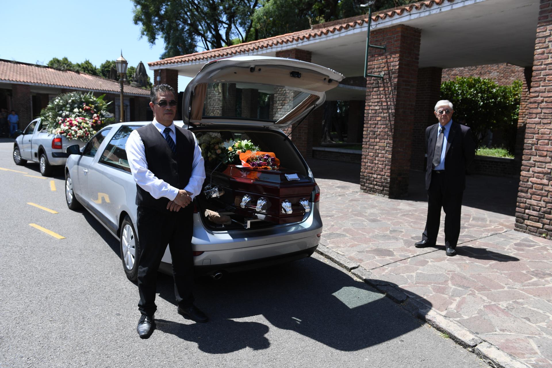 Los restos de Hugo Urquijo descansarán en el Panteón de Actores del Cementerio de la Chacarita (Foto: Maximiliano Luna)