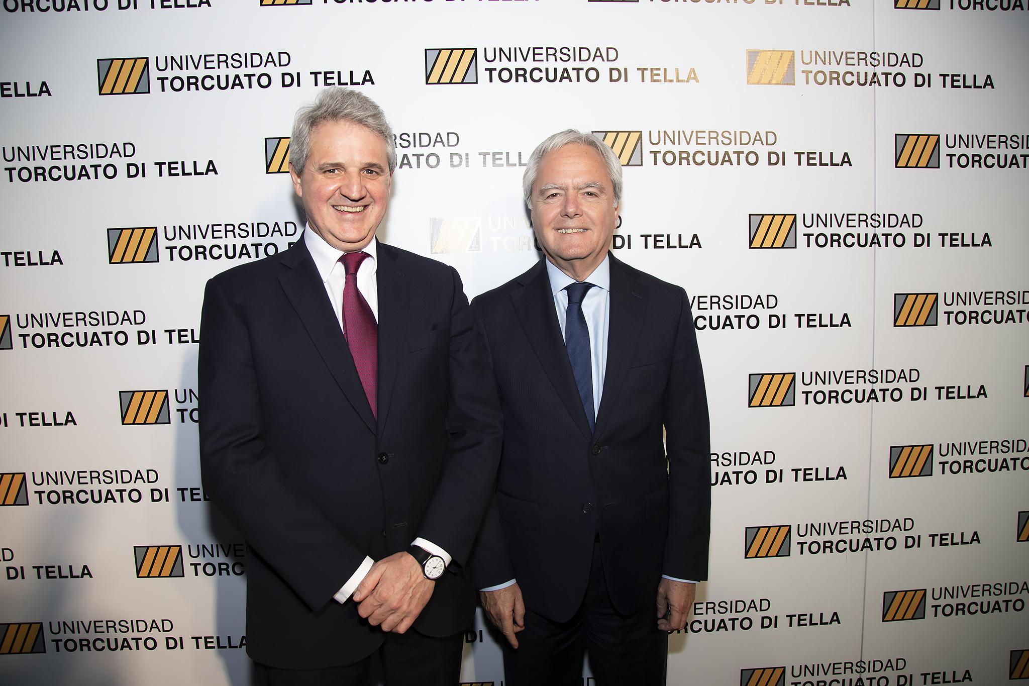 Juan José Cruces y el presidente Provisional del Senado, Federico Pinedo