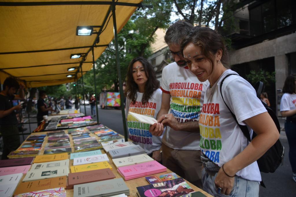 Stands de ONGs, libros sobre la temática LGTB y charlas sobre emprendimientos coronaron el gran festejo de la semana de la diversidad