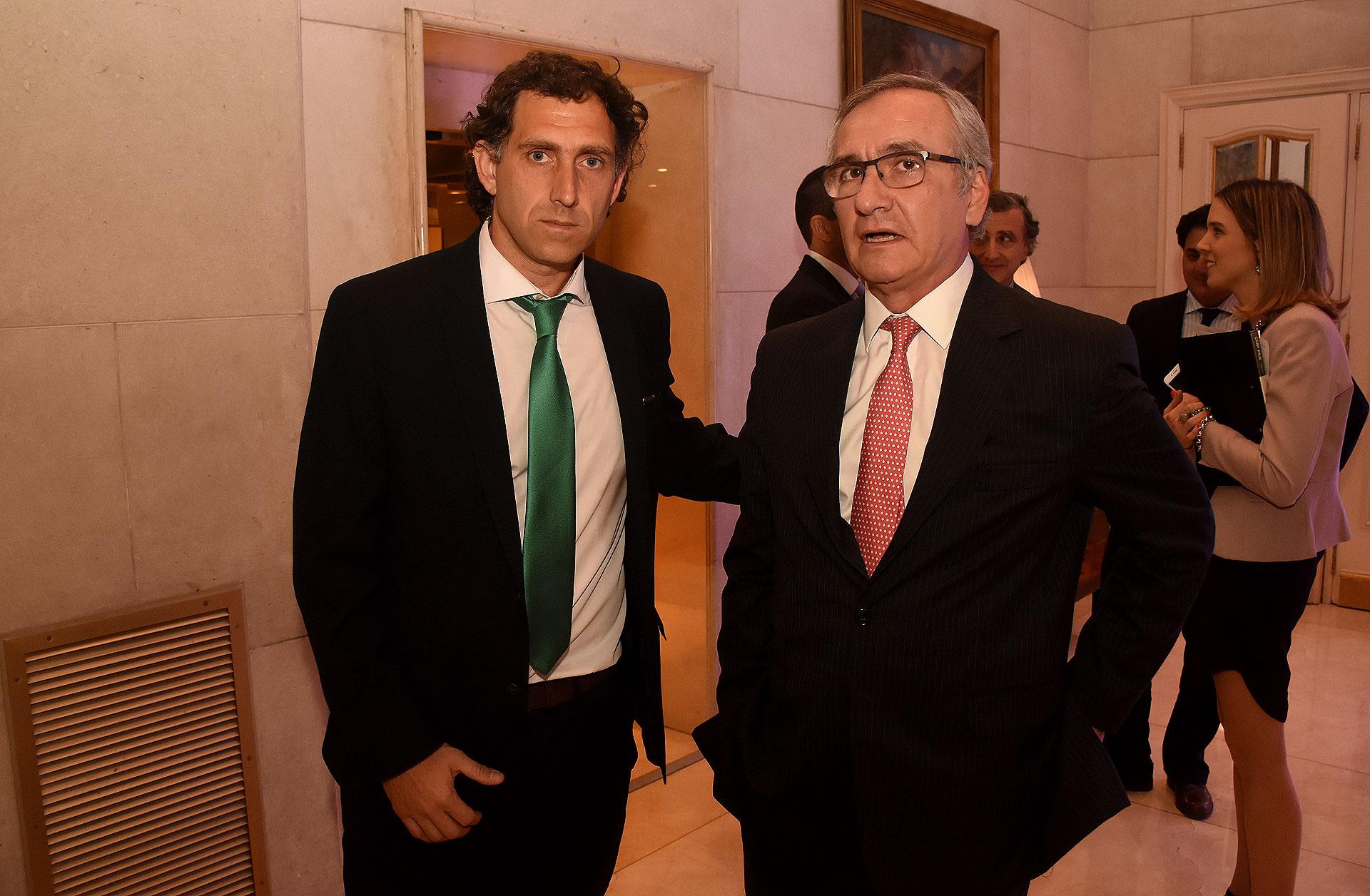 Fermin Igarzabal, funcionario judicial y Guillermo Lipera, socio director de Bulló Abogados