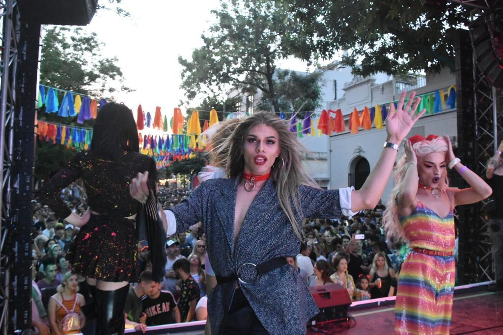 Artistas brindaron distintos shows y cautivaron al público con performances