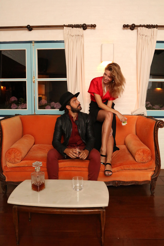 Benjamín Alfonso y su novia