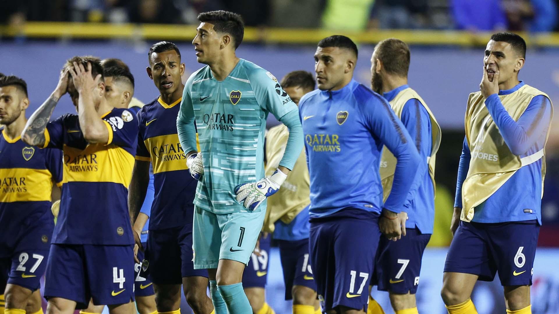 Los jugadores de Boca se fueron aplaudidos por el público local