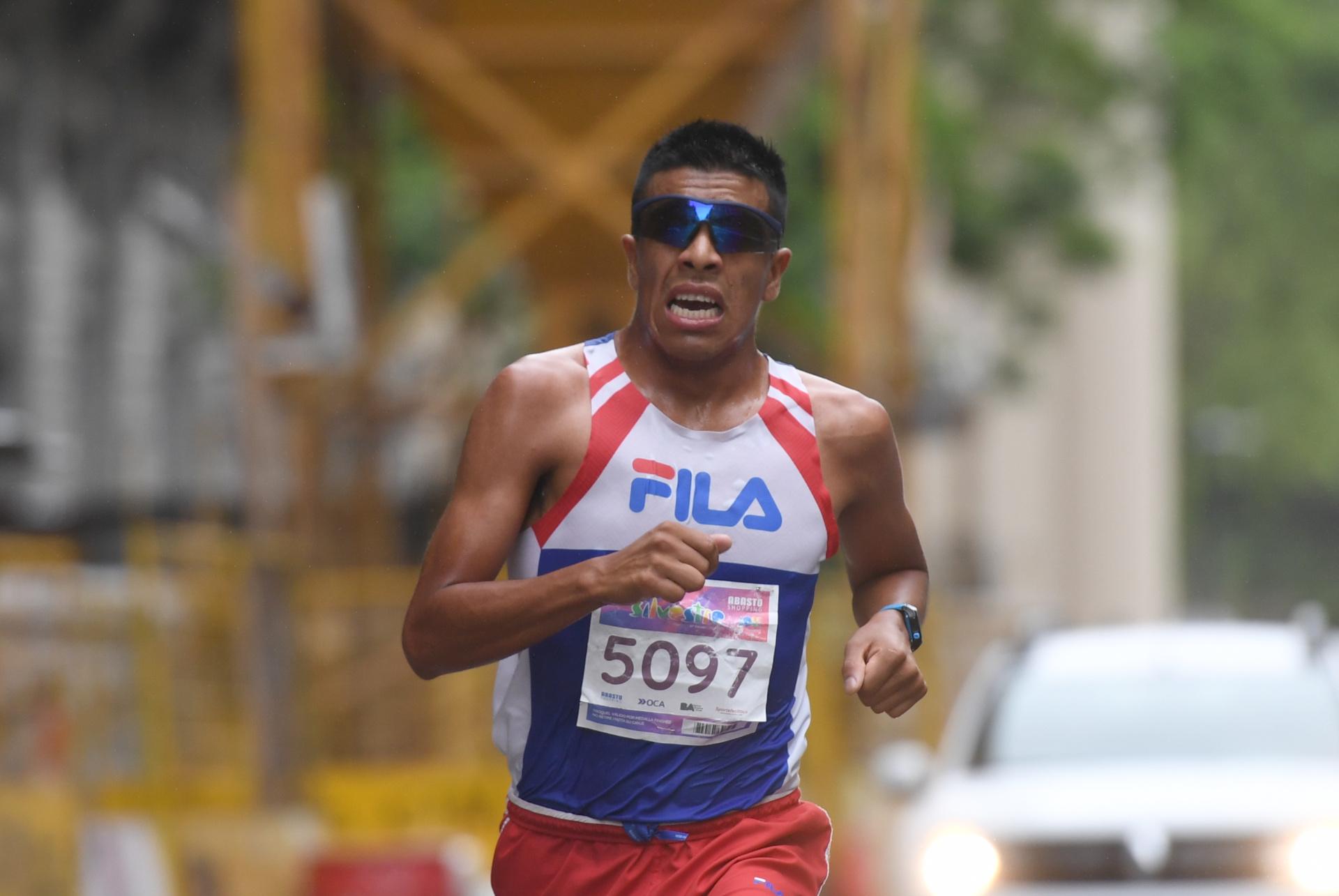 El ganador David Rodríguez dejó una lesión atrás para llegar en condiciones a esta carrera que disputó por primera vez (Maximiliano Luna)