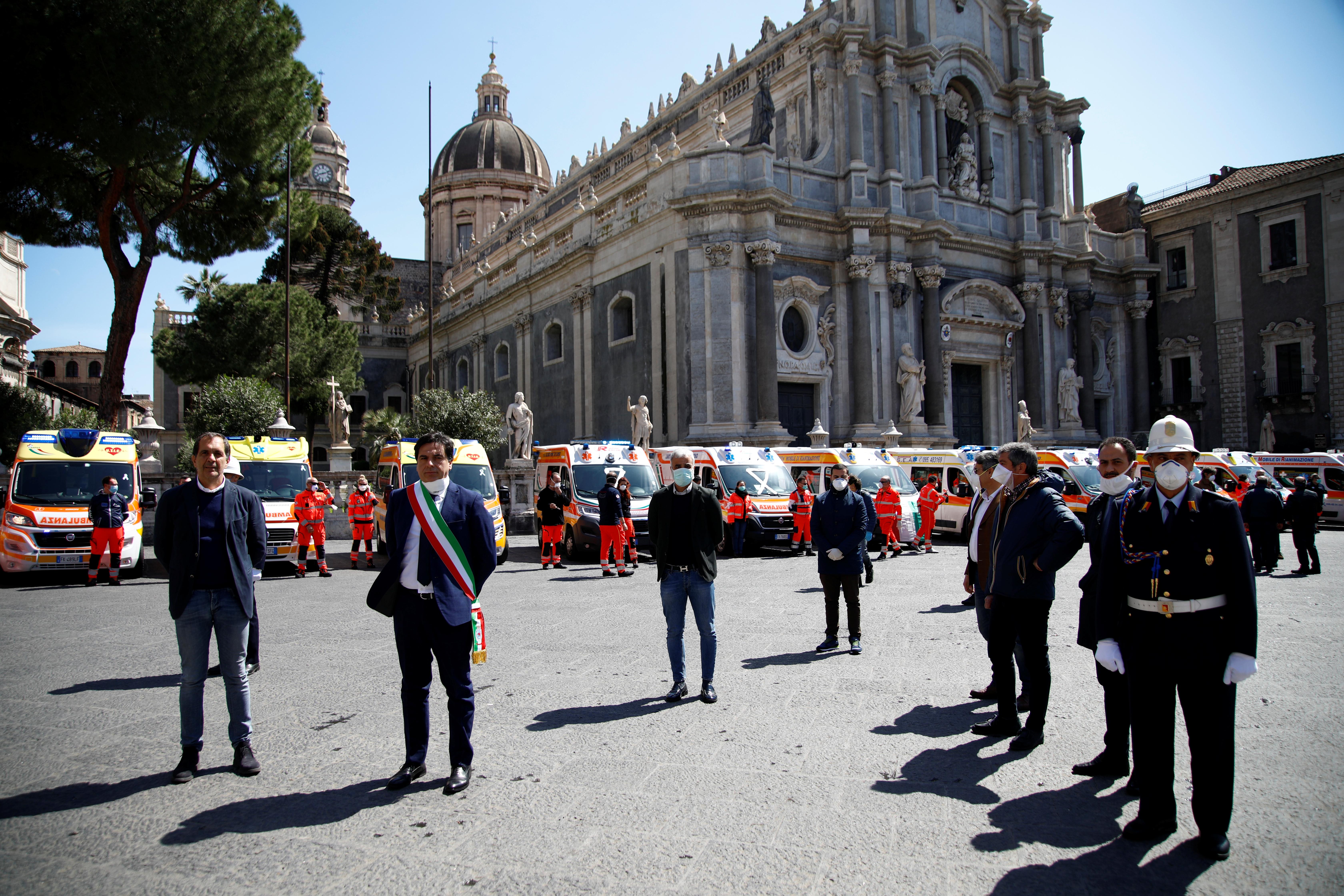 El alcalde de Catania Salvo Pogliese (REUTERS/Antonio Parrinello)