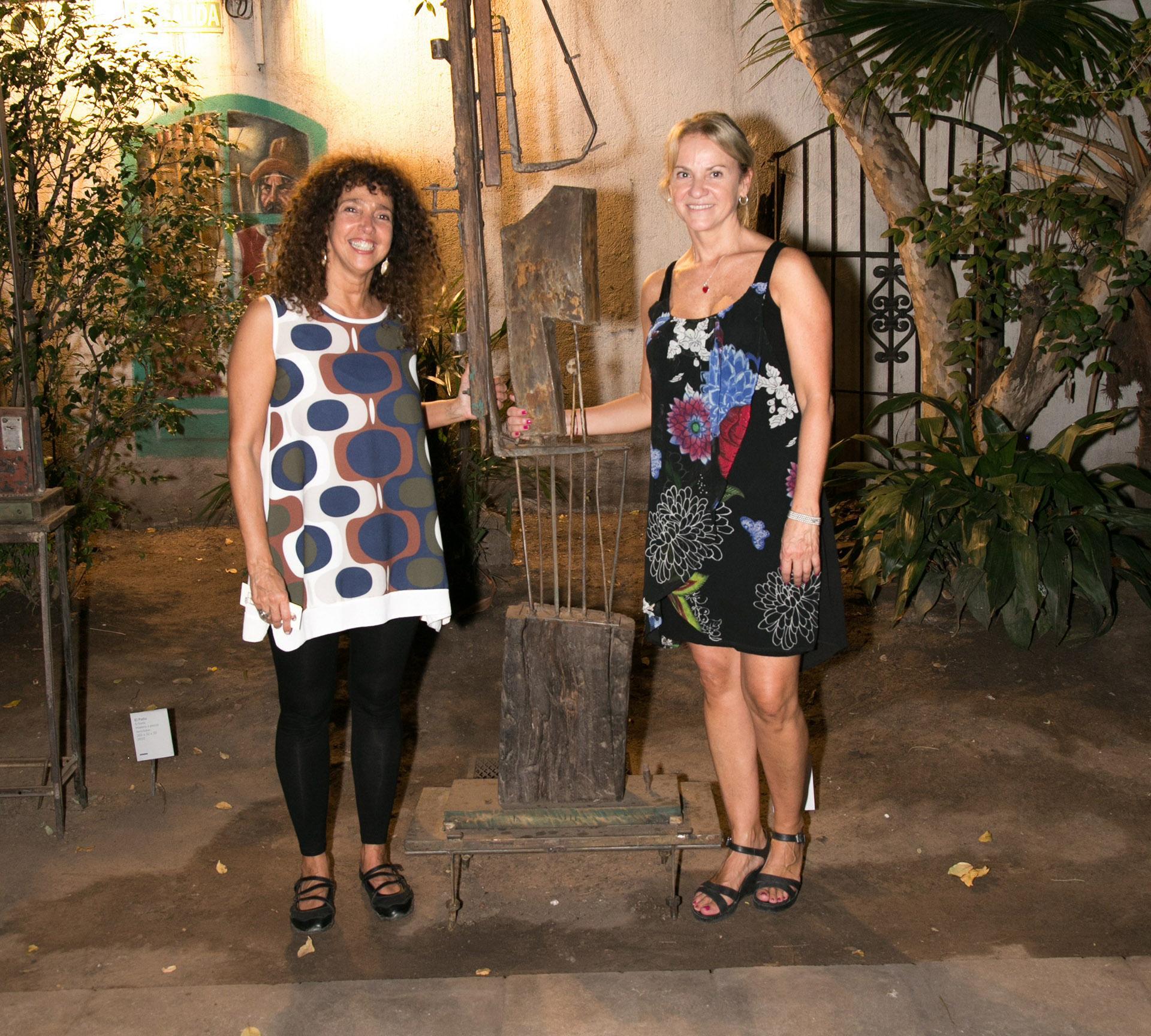 Felicitas Luna y Carmela Blanco