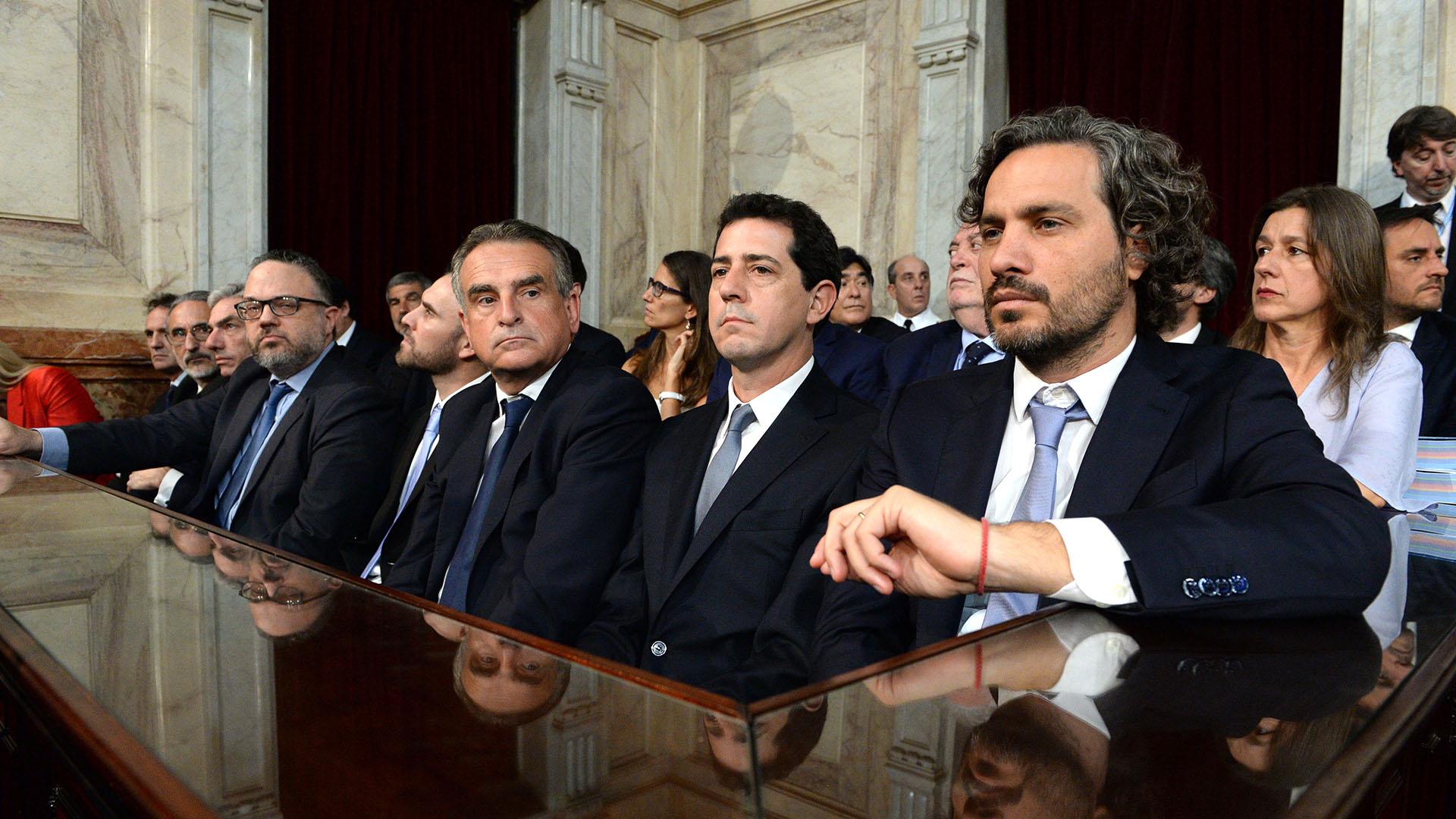 Santiago Cafiero, Wado de Pedro, Agustín Rossi, Martín Guzmán y Matías Kulfas, la primera línea del presidente Alberto Fernández