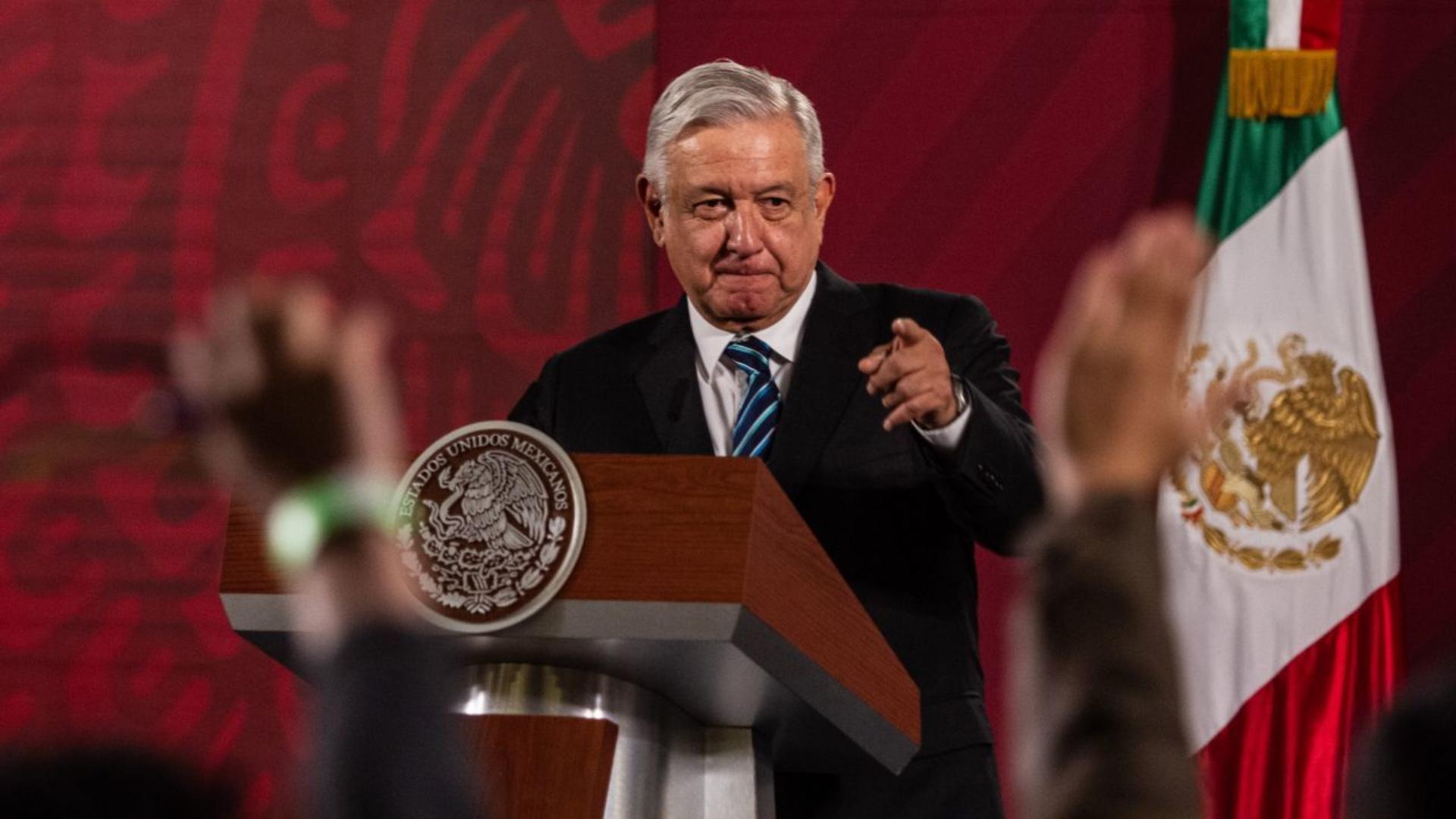 La aprobación de López Obrador repuntó ocho puntos en plena ...