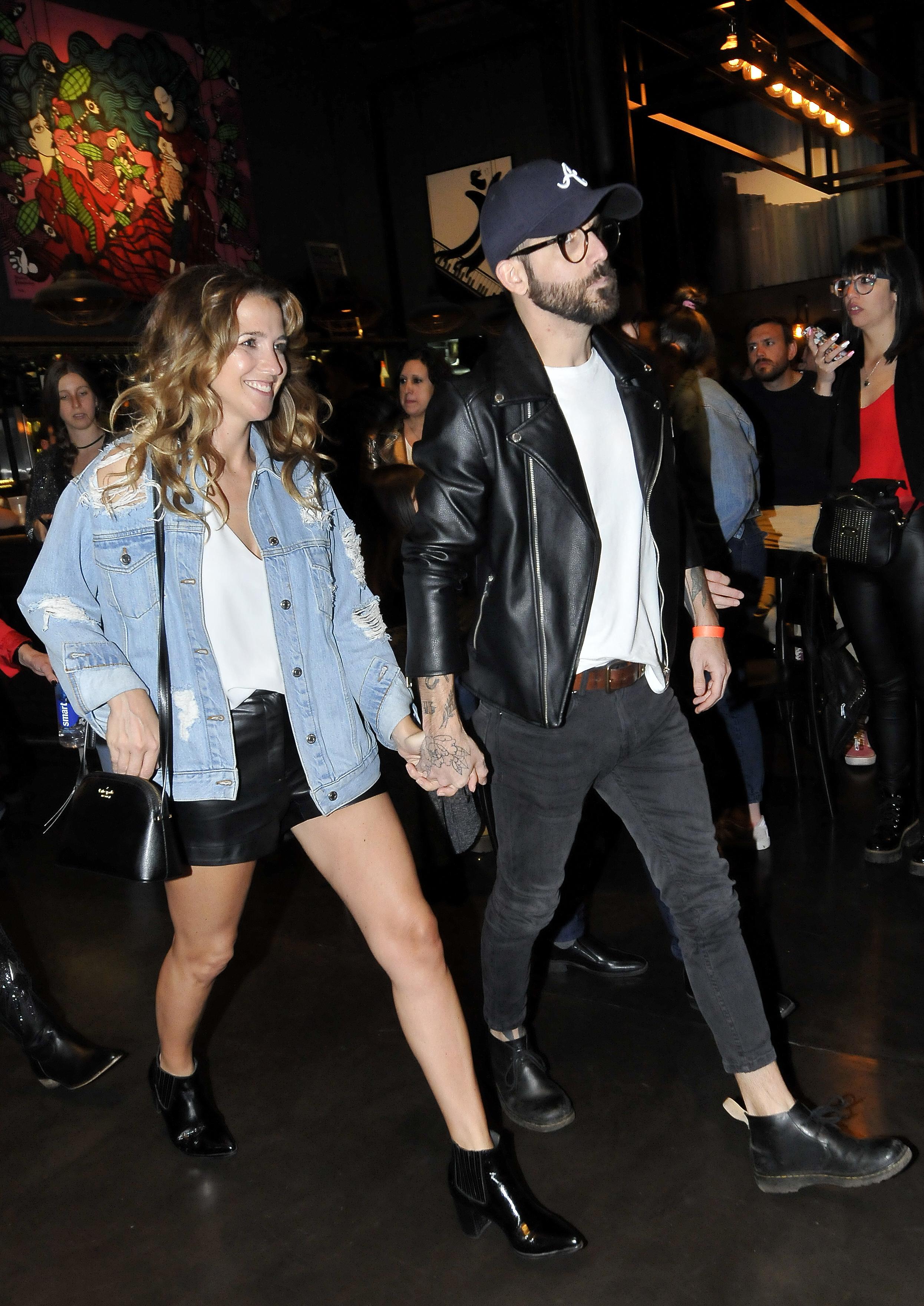 Si bien suelen evitar los eventos sociales, la actriz y el productor, que en mayo pasado blanquearon su romance, dijeron presente en el show de Amadeo y se mostraron muy enamorados