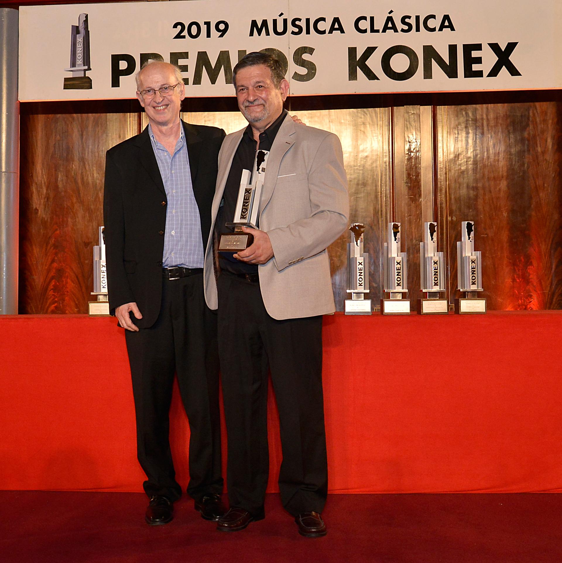 El musicólogo, Leonardo Waisman, recibió por segunda vez el Premio Konex Platino
