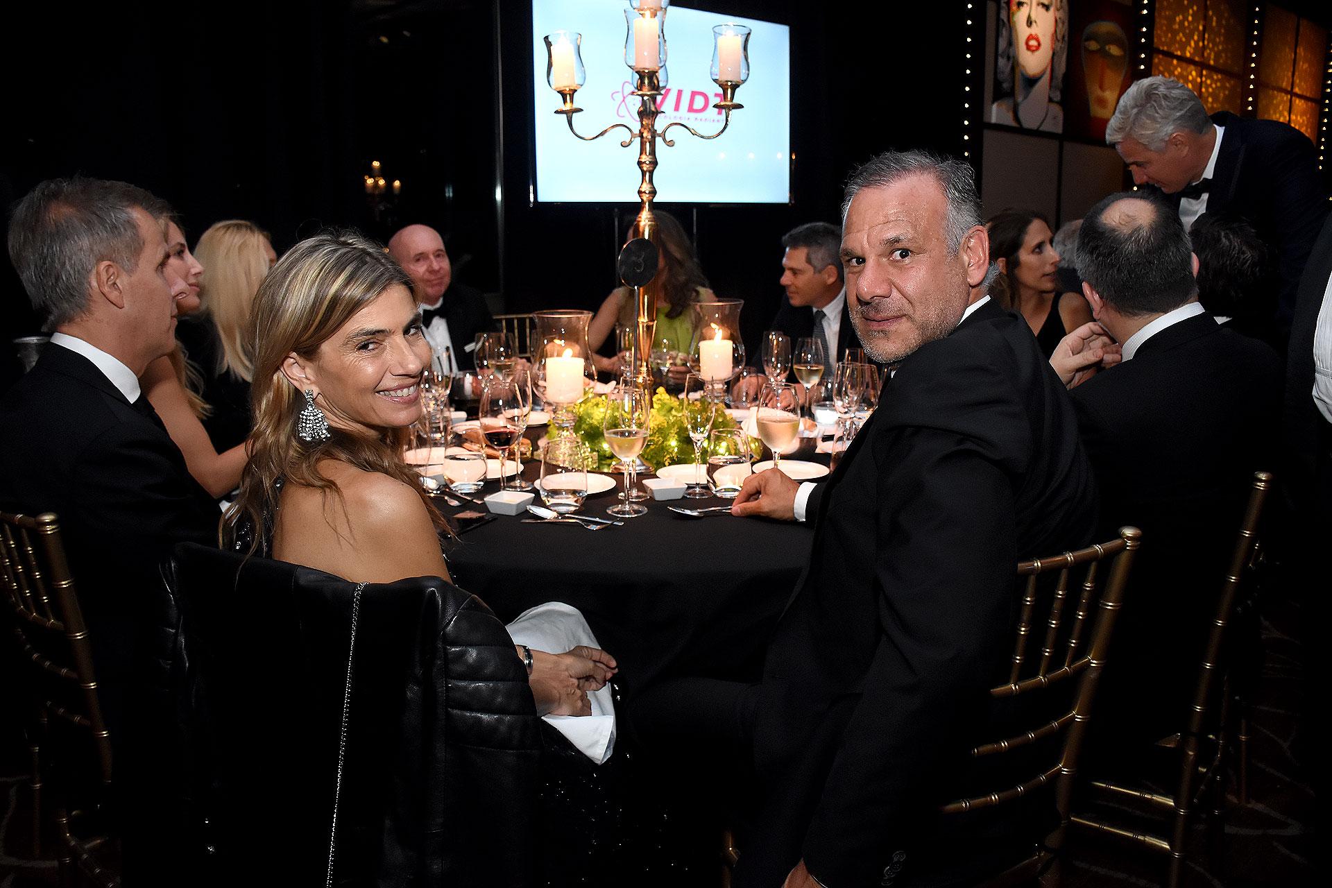 Luis Galli, presidente de Newsan, y su mujer Angie Reyser