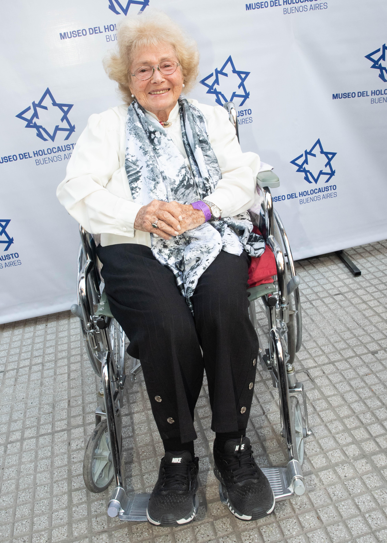 Raquel Fride, sobreviviente